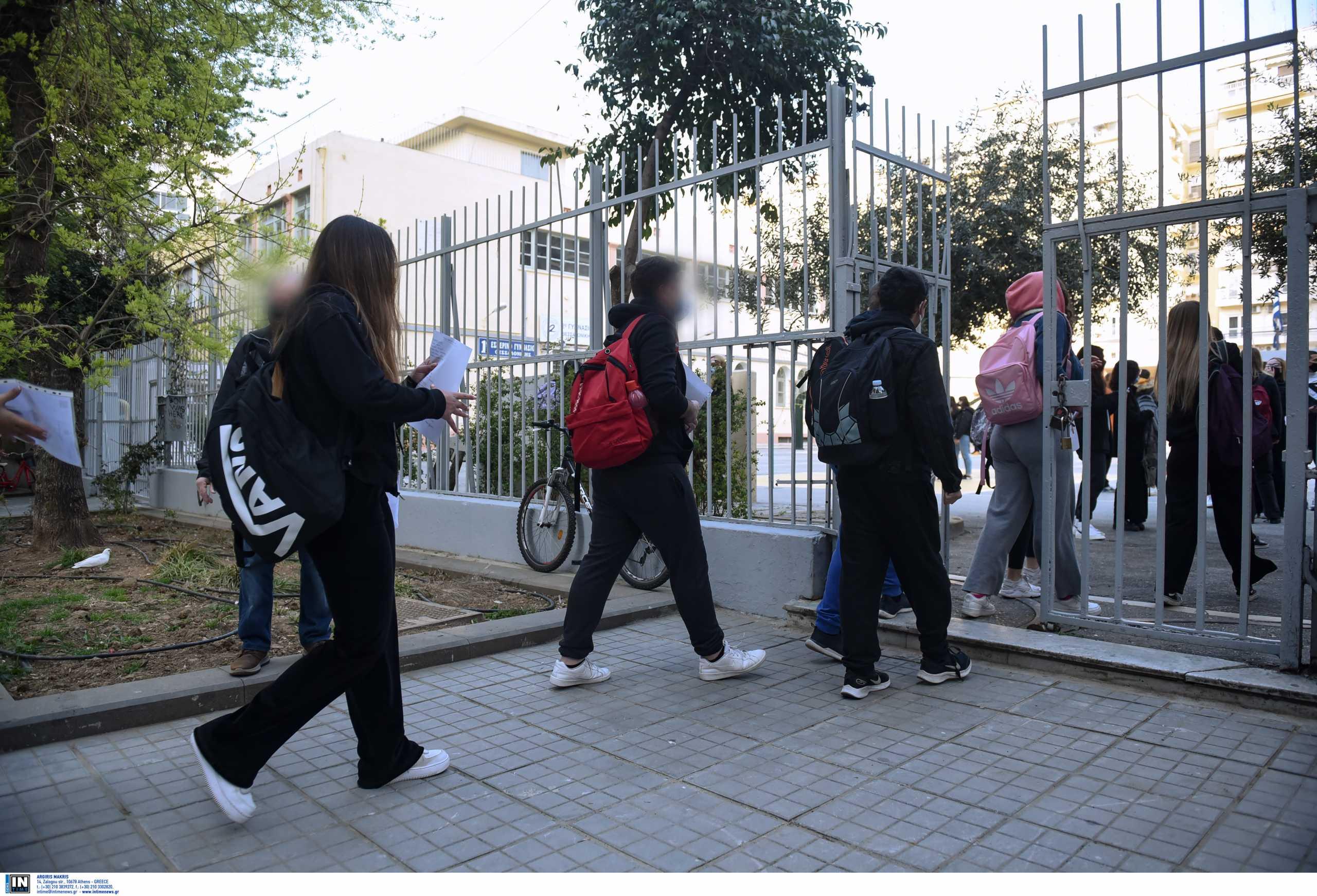 Παπαθανάσης: Προτείνουμε μαζί με τα σχολεία να ανοίξουν και τα φροντιστήρια
