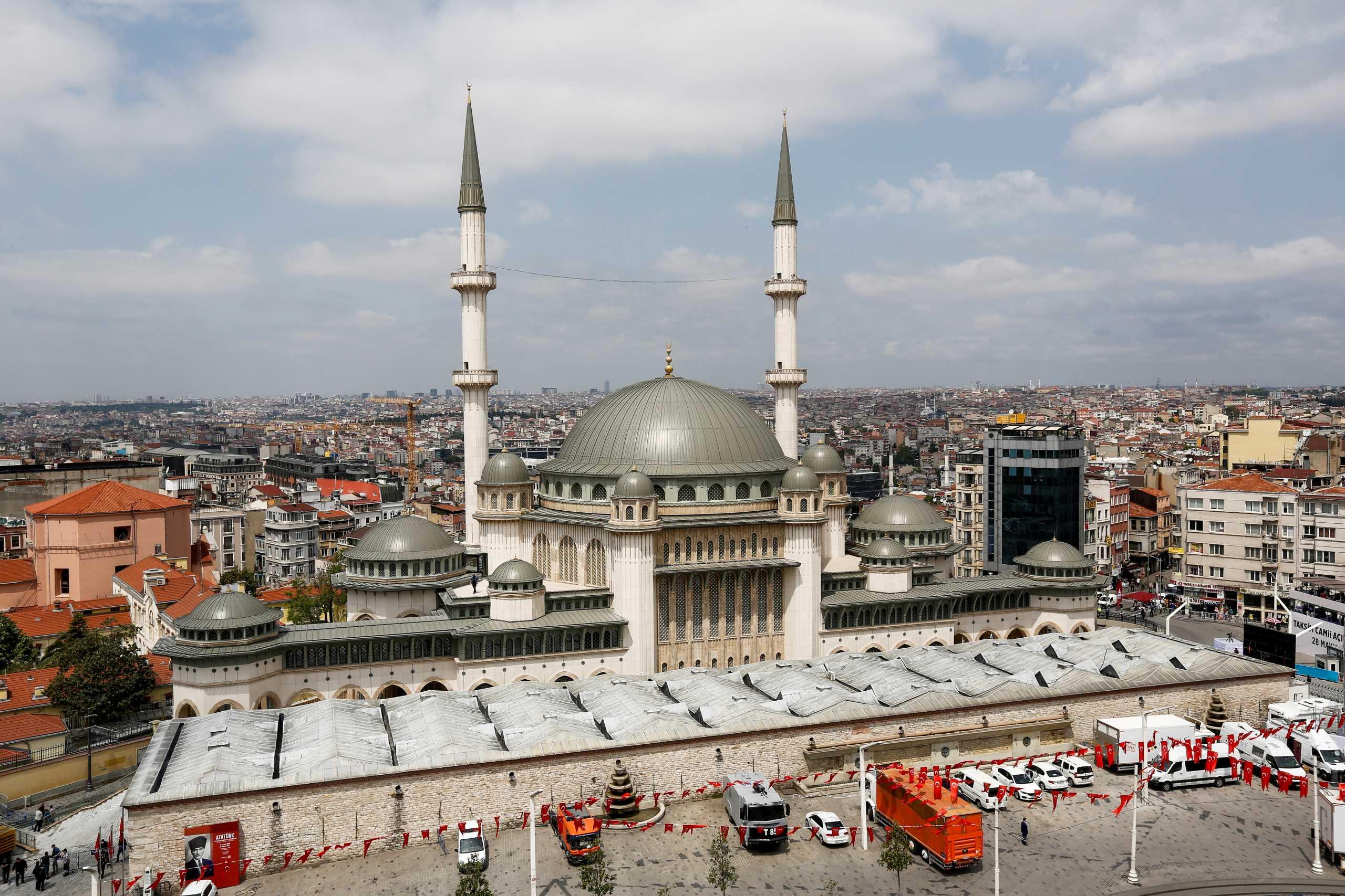 Τουρκία: Τεράστιο τζαμί με σφραγίδα Ερντογάν στην πλατεία Ταξίμ