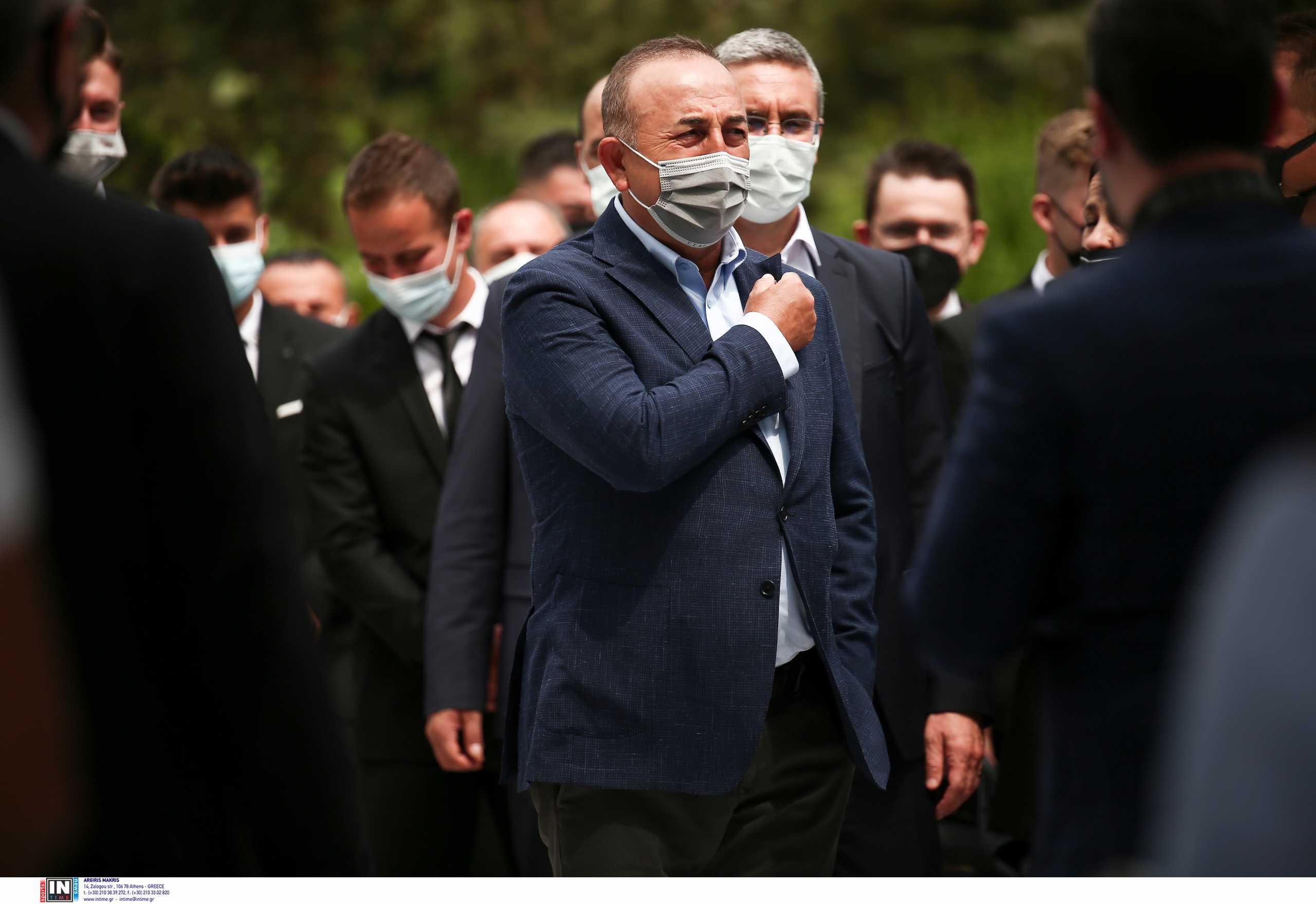 Επίσκεψη Τσαβούσογλου: Αντιδρά το ελληνικό ΥΠΕΞ στις συνεχείς προκλήσεις για «τουρκική μειονότητα»