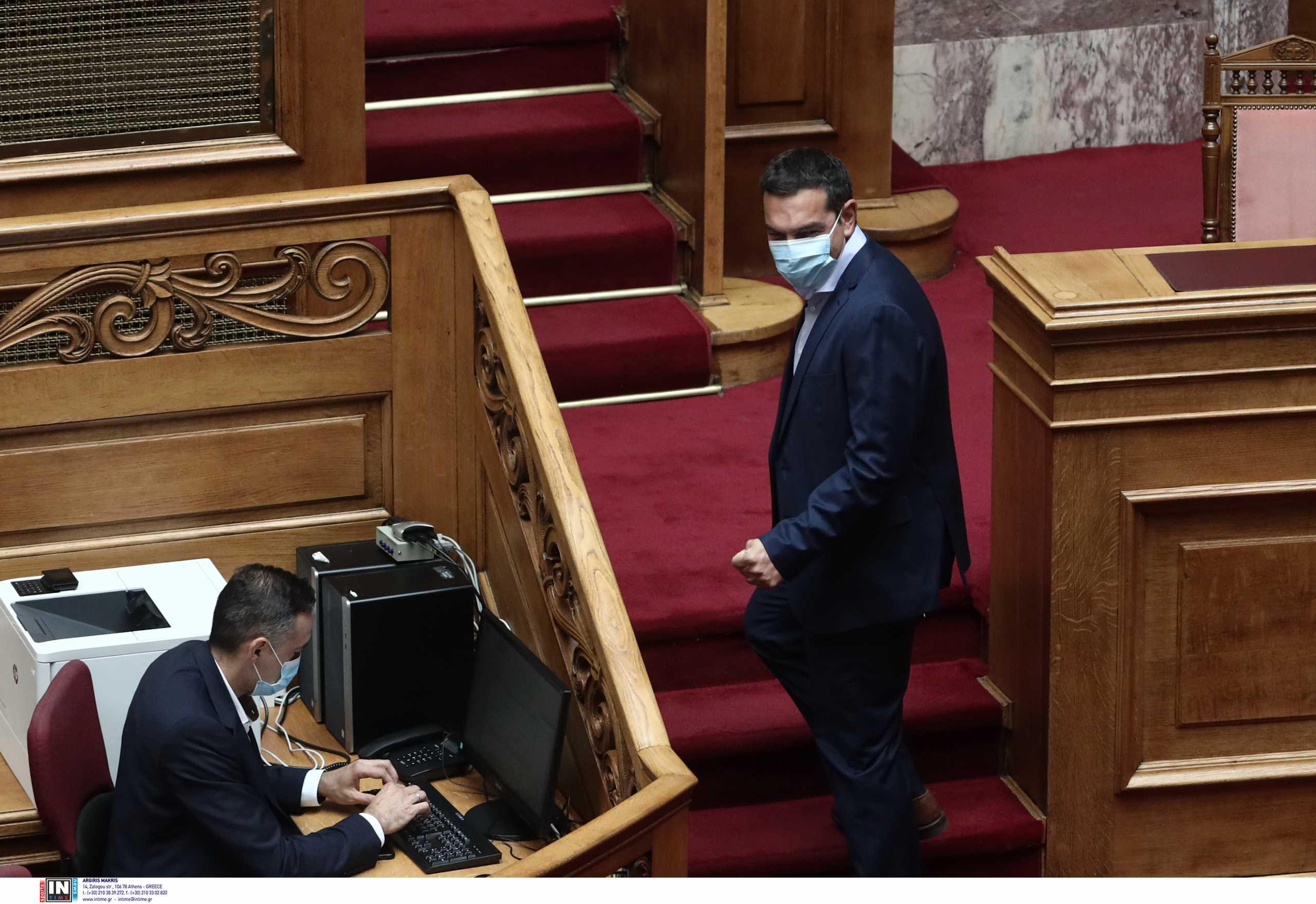 ΣΥΡΙΖΑ: Η συνεπιμέλεια έδειξε γιατί ο Μητσοτάκης κρατά τη Βουλή σε lockdown