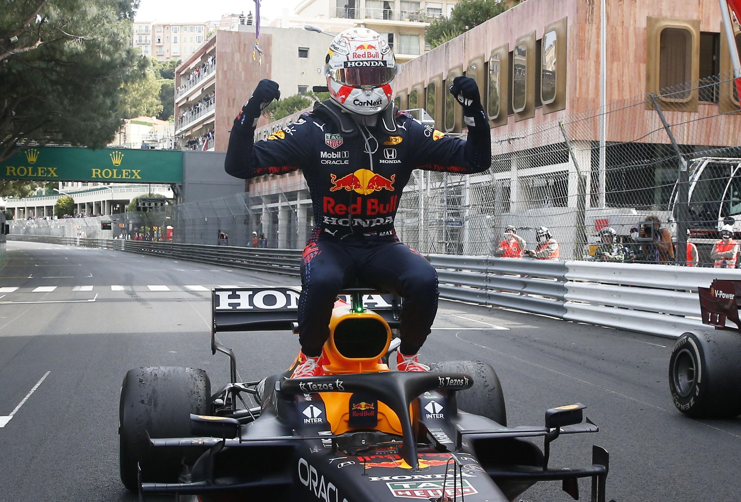 Formula 1: Νικητής στο Μονακό ο Φερστάπεν, προσπέρασε τον Χάμιλτον