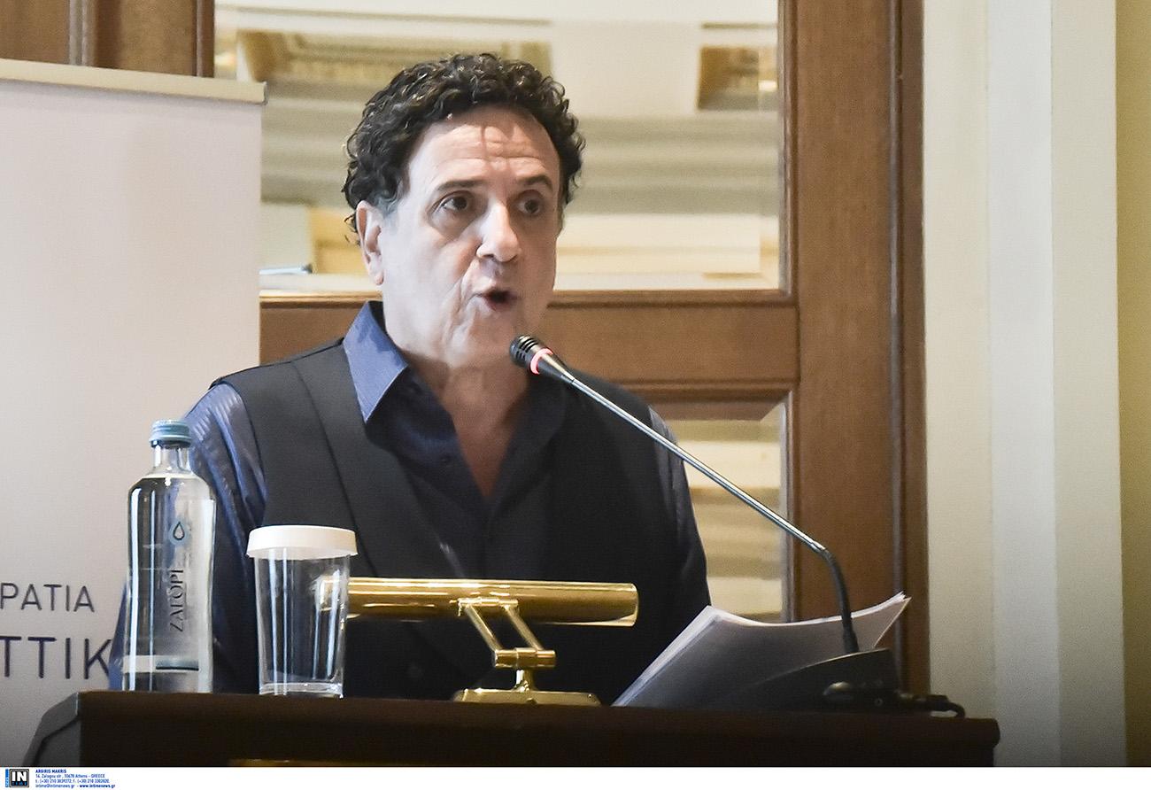 Ο Χάρης Ρώμας δίνει αποστομωτική απάντηση για το ελληνικό #MeToo