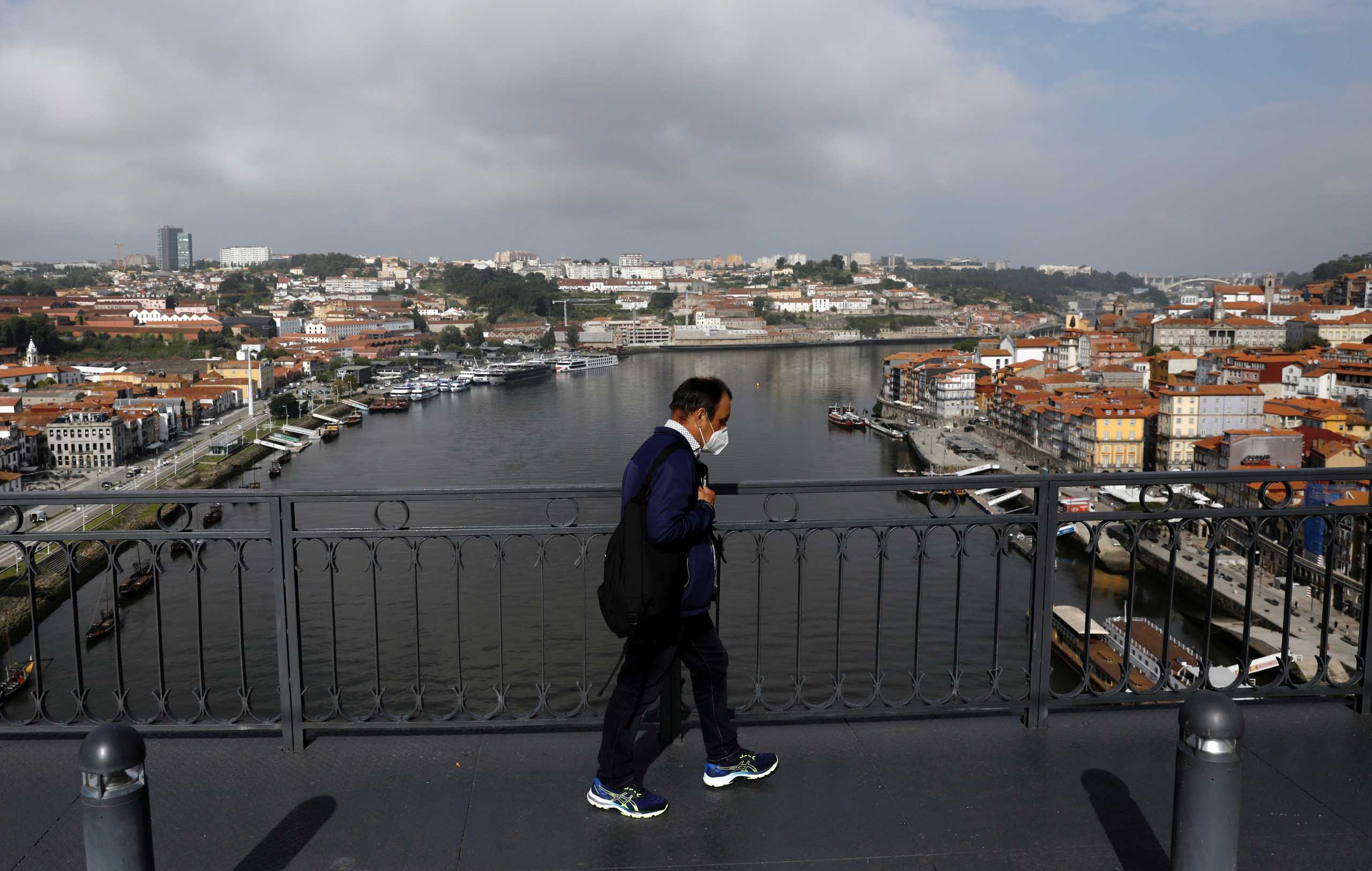 Κορονοϊός – Πορτογαλία: Η μεγαλύτερη αύξηση κρουσμάτων από το Φεβρουάριο