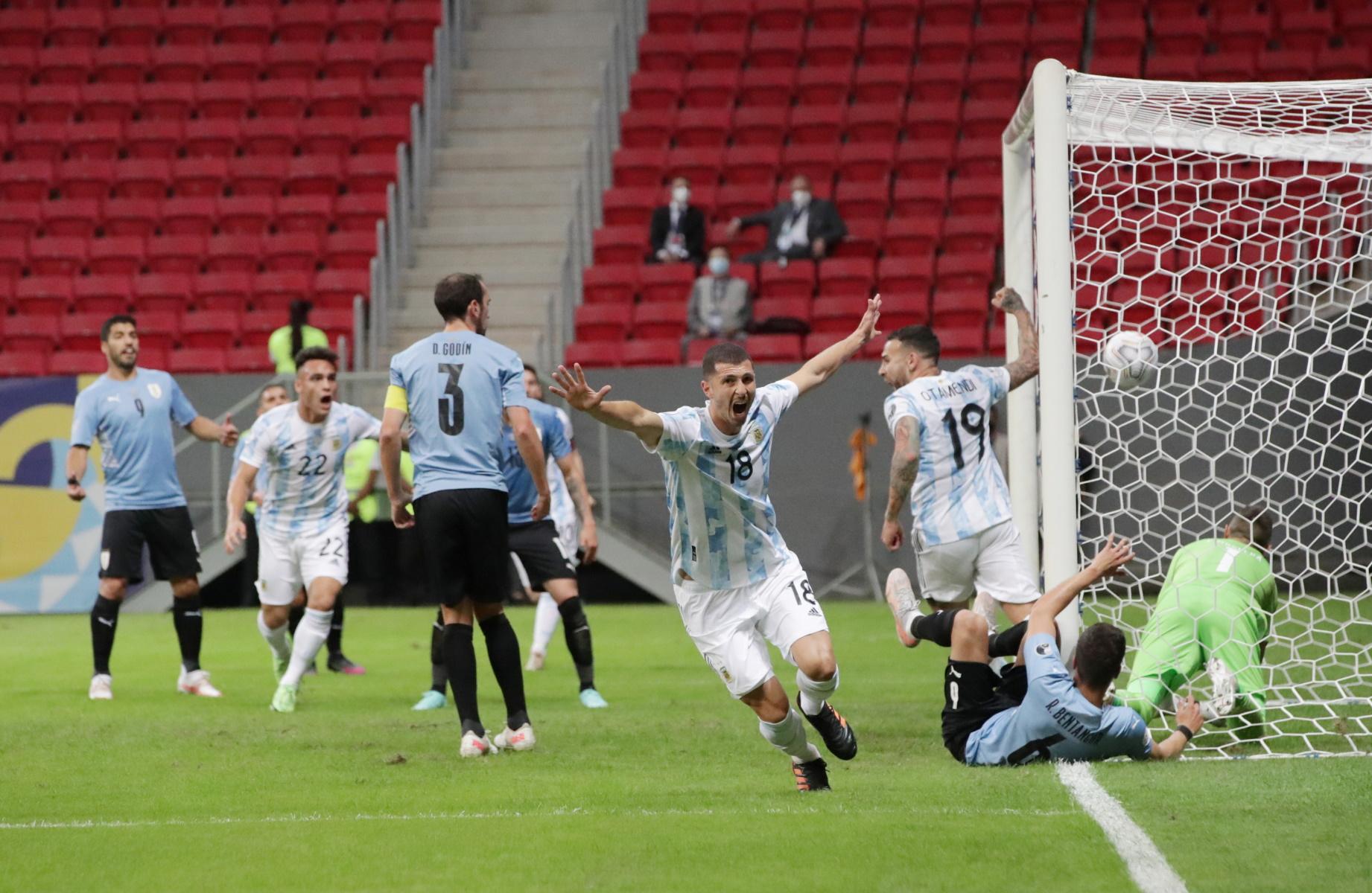 Copa America: «Επαγγελματικές» νίκες για Αργεντινή και Χιλή