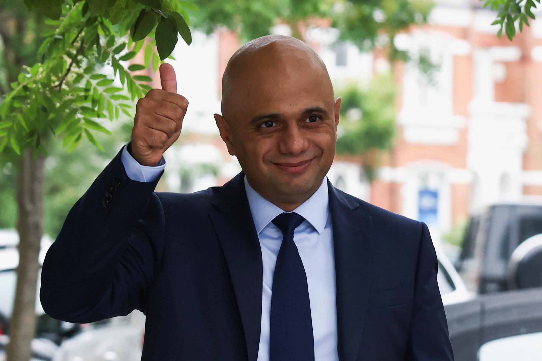 Ο νέος υπουργός Υγείας της Βρετανίας θέλει την άρση των περιορισμών για τον κορονοϊό το συντομότερο