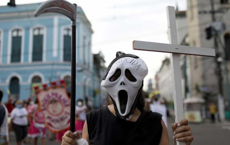 Κορονοϊός: «Βράζει» η Βραζιλία - «Ανασαίνουν» Γαλλία και Ιαπωνία - 2,5 δισ. οι εμβολιασμένοι στην Κίνα