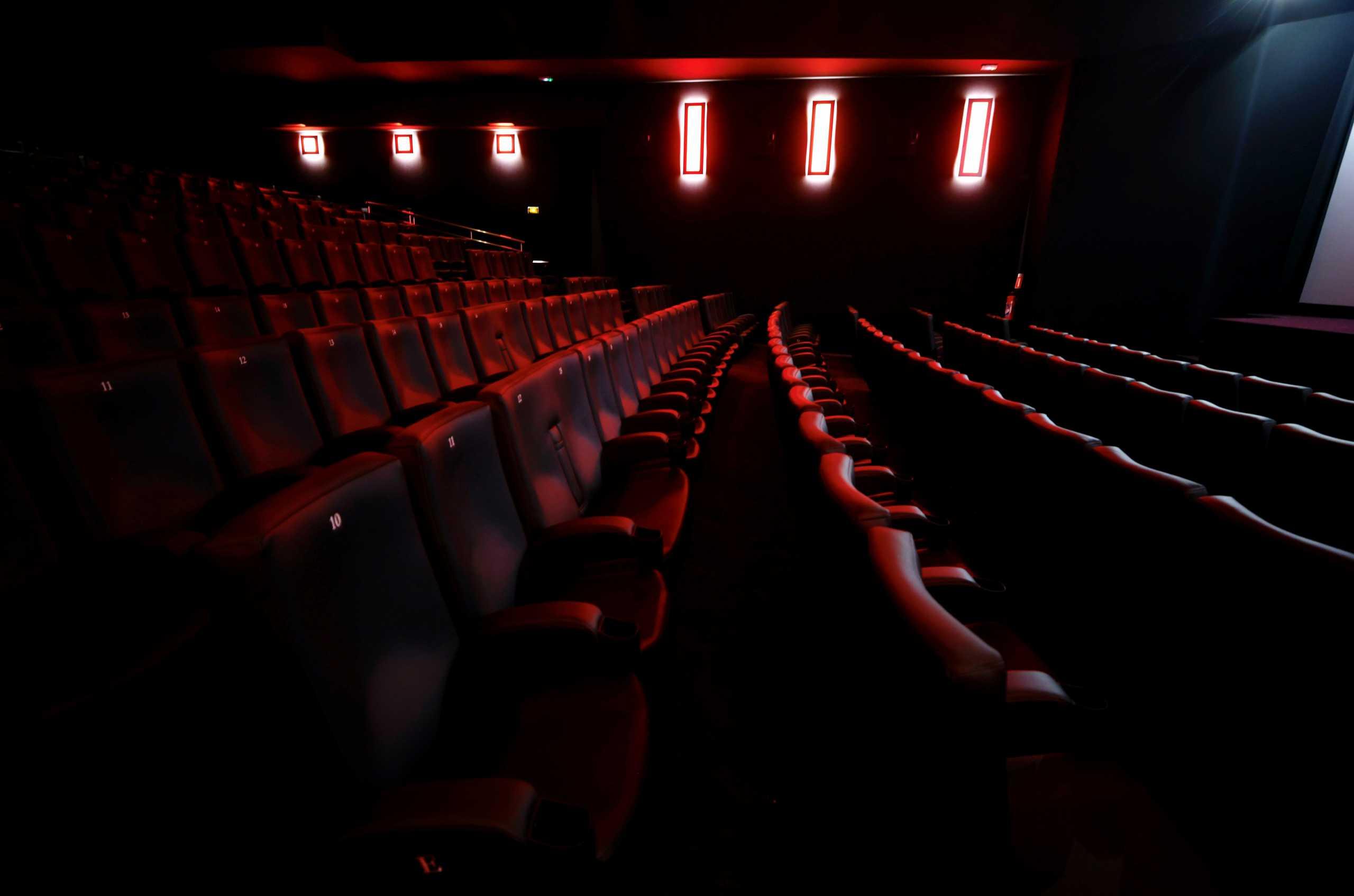 Άρση μέτρων: Ανοίγουν και οι κλειστοί κινηματογράφοι από την 1η Ιουλίου – Τι άλλο αλλάζει