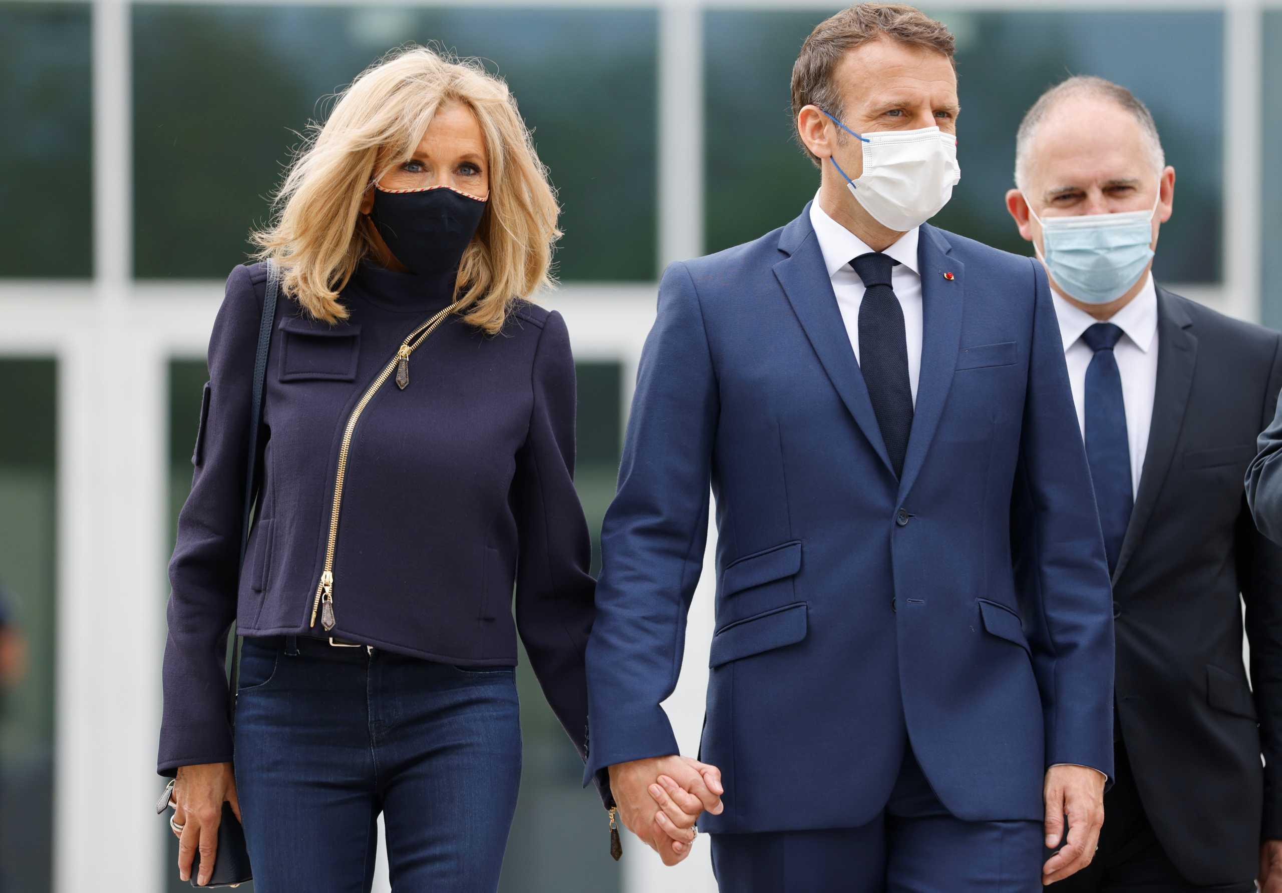 Euromed 9: Η φωτογραφία από την ιδιωτική επίσκεψη του ζεύγους Μακρόν στην Ακρόπολη
