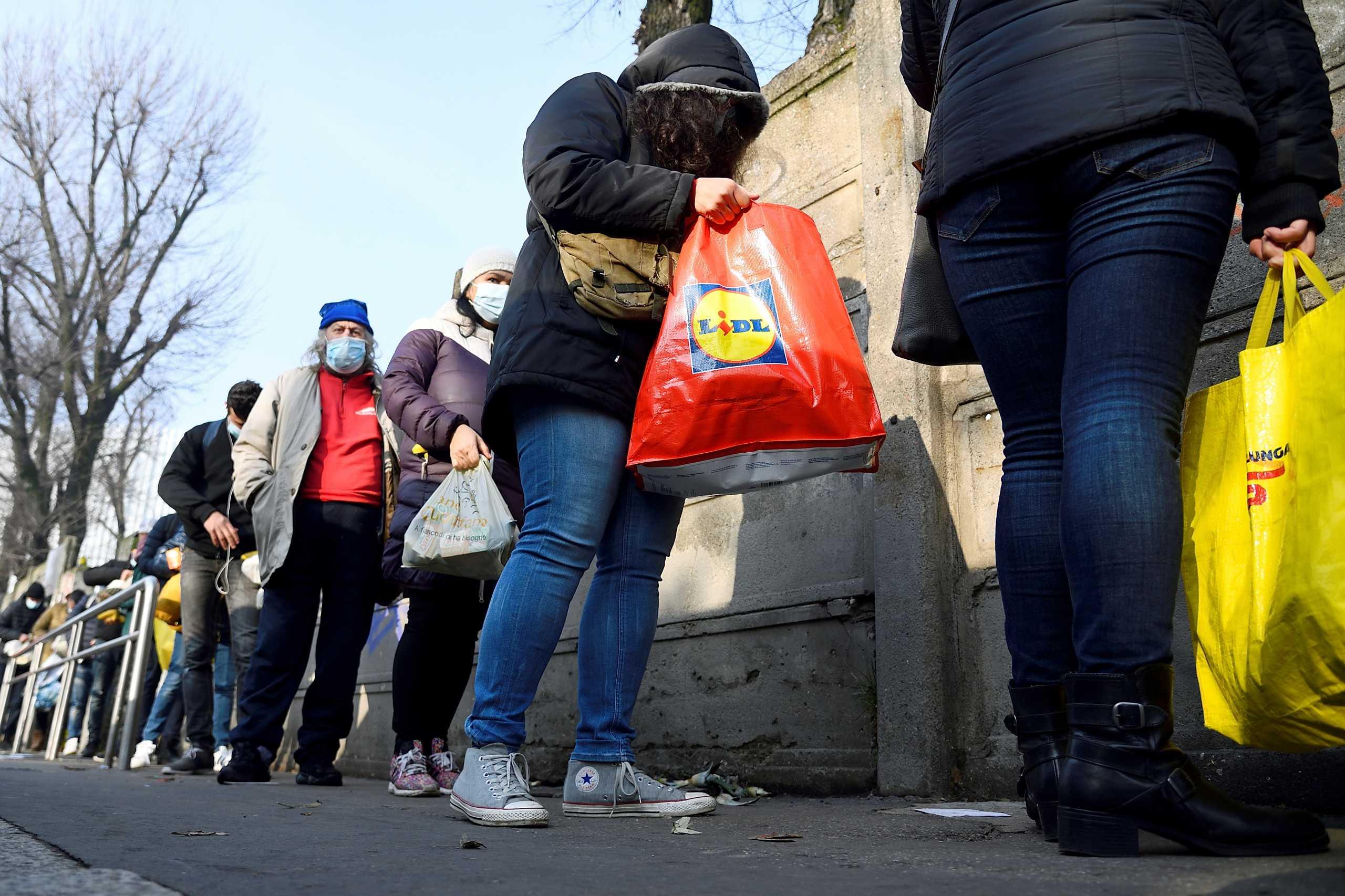 Ιταλία: Ο κορονοϊός αύξησε την απόλυτη φτώχεια