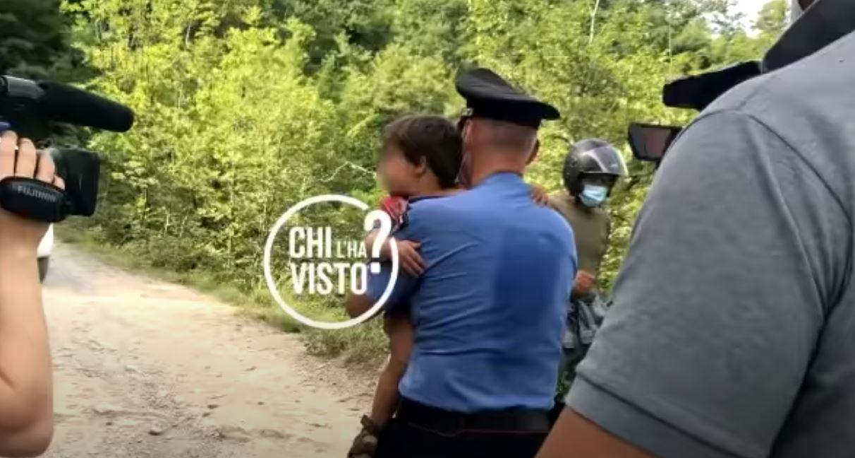 Ιταλία: Βρέθηκε το 2 ετών παιδάκι που είχε εξαφανιστεί από το σπίτι του στην Τοσκάνη (pics, vid)