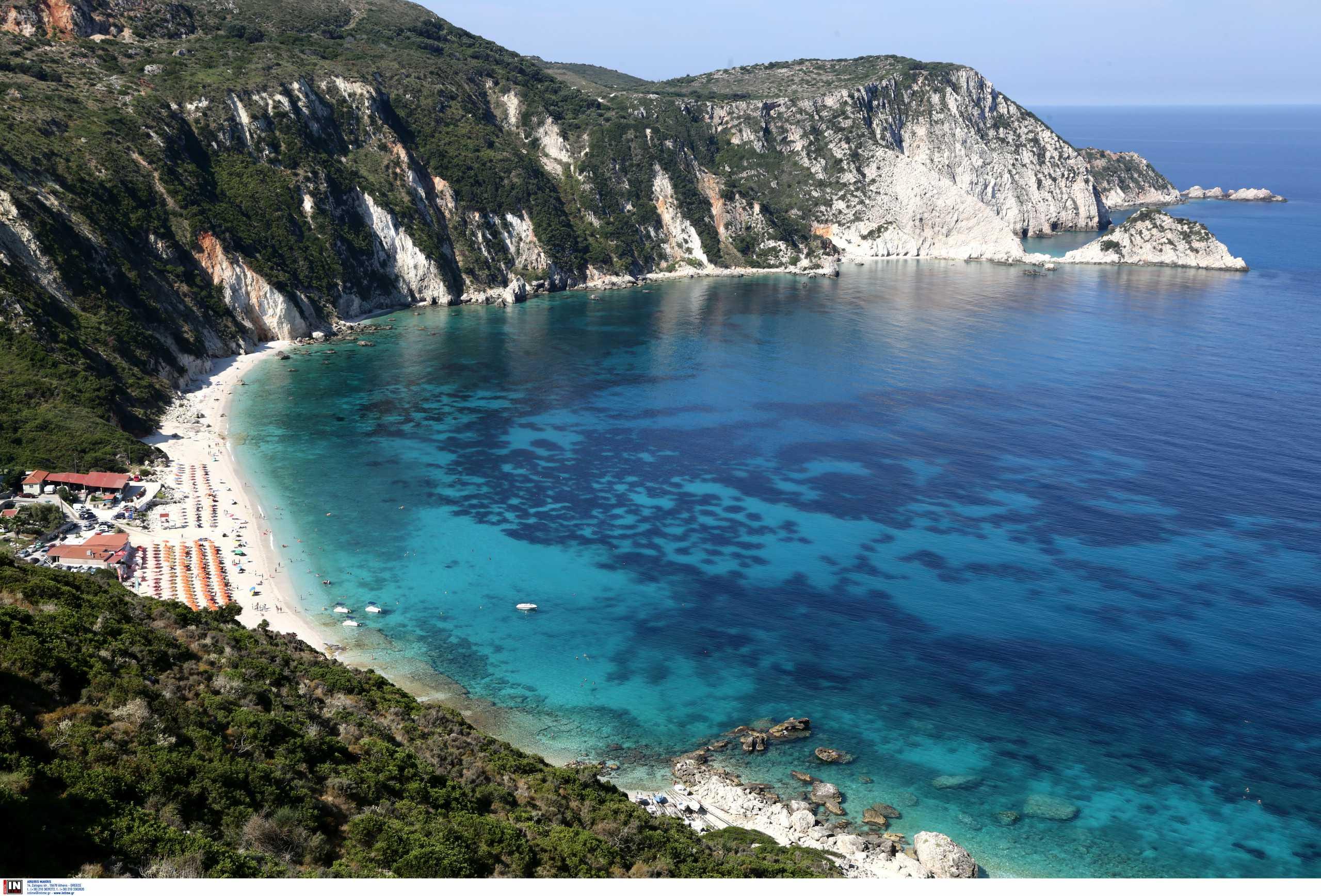 Ποια ελληνικά νησιά διεκδικούν μια θέση στην πράσινη λίστα της Βρετανίας – Σήμερα οι ανακοινώσεις