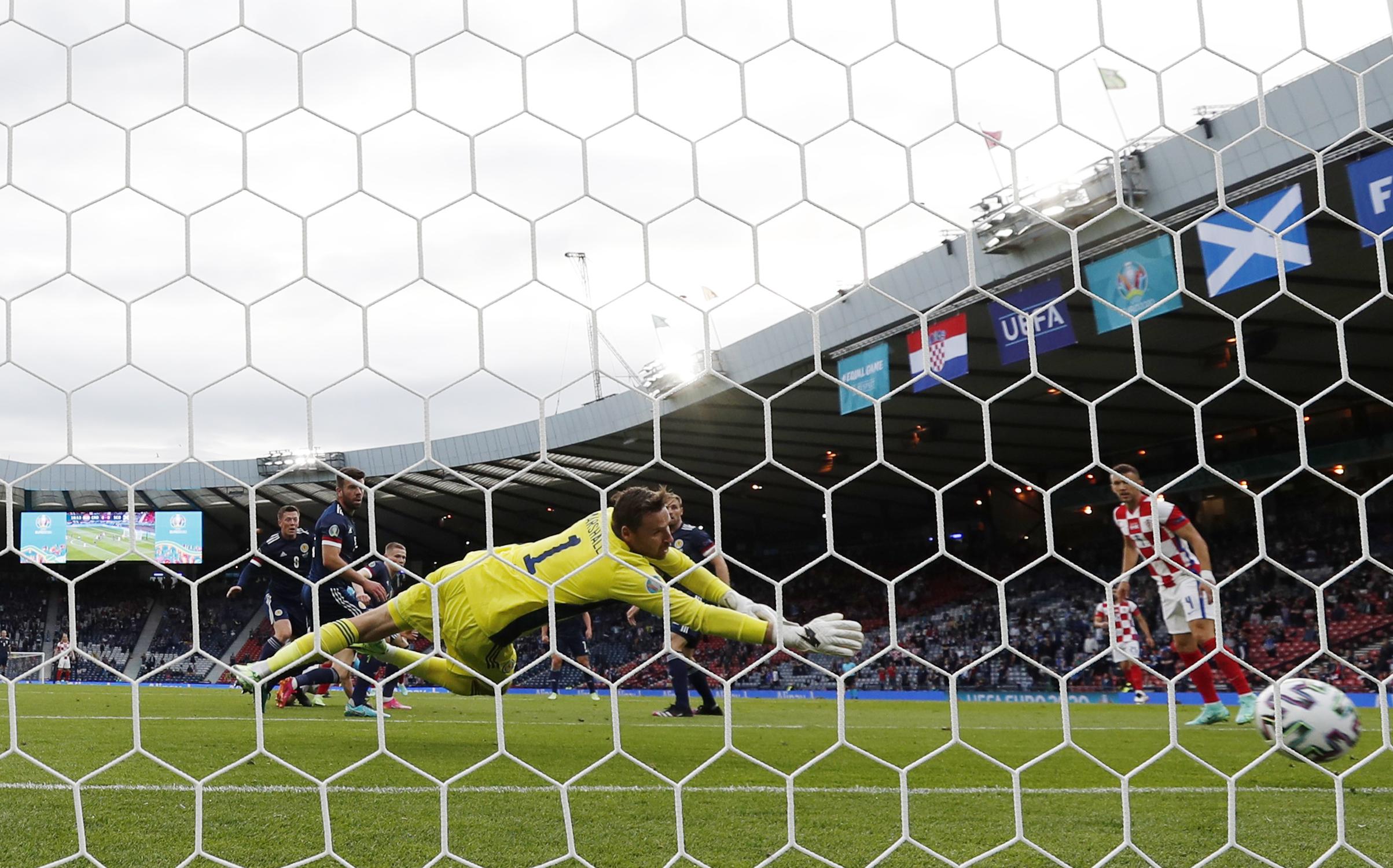 Euro 2020, Κροατία – Σκωτία: O Ουλάσιτς «πάγωσε» τη Γλασκώβη, o MακΓκρέγκορ την «ξεσήκωσε»