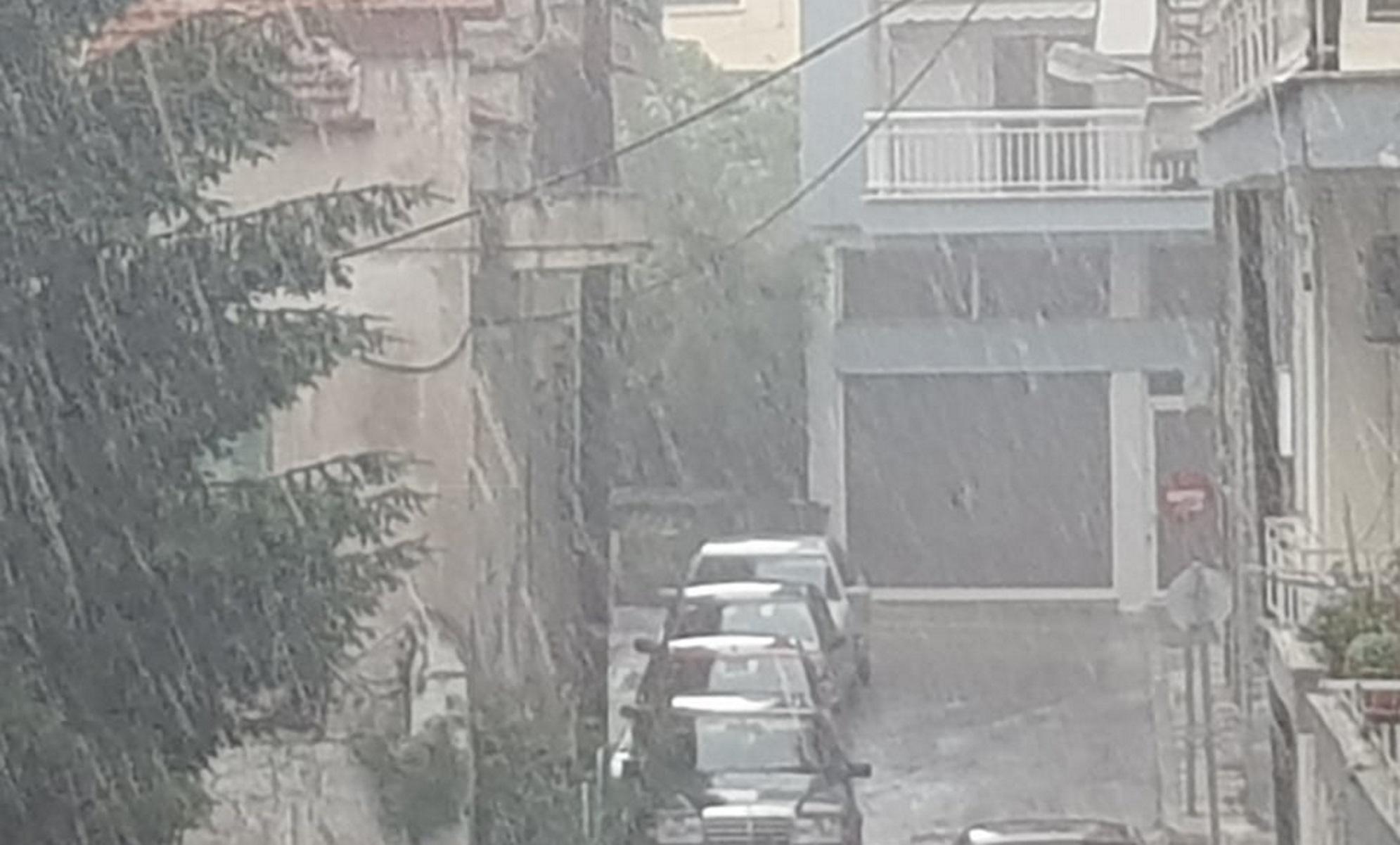 Καιρός – Κοζάνη: Δυνατή καταιγίδα και χαλάζι (video)