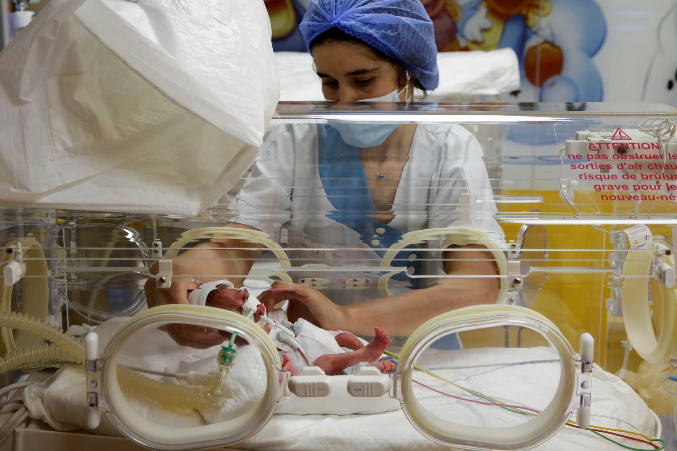 Μάλι: Καλά στην υγεία τους τα εννιάδημα και η μητέρα τους – Τα μωρά ζυγίζουν από 800 μέχρι 1.400 γραμμάρια