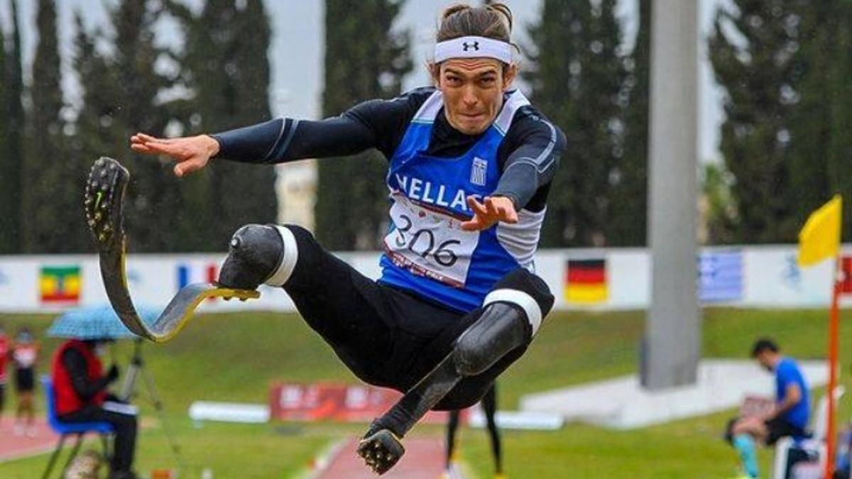 Παγκόσμιο ρεκόρ ο Μαλακόπουλος στο μήκος, χάλκινο μετάλλιο ο Μπακοχρήστος