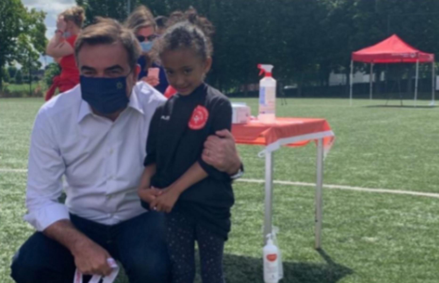 Μαργαρίτης Σχοινάς: Σε αγώνα ποδοσφαίρου προσφύγων και αθλητών special olympics (pics)