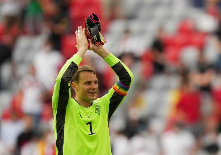 Euro 2020: «Χαμός» με το περιβραχιόνιο του Νόιερ στα χρώματα του ουράνιου τόξου - Δεν τον τιμωρεί η UEFA