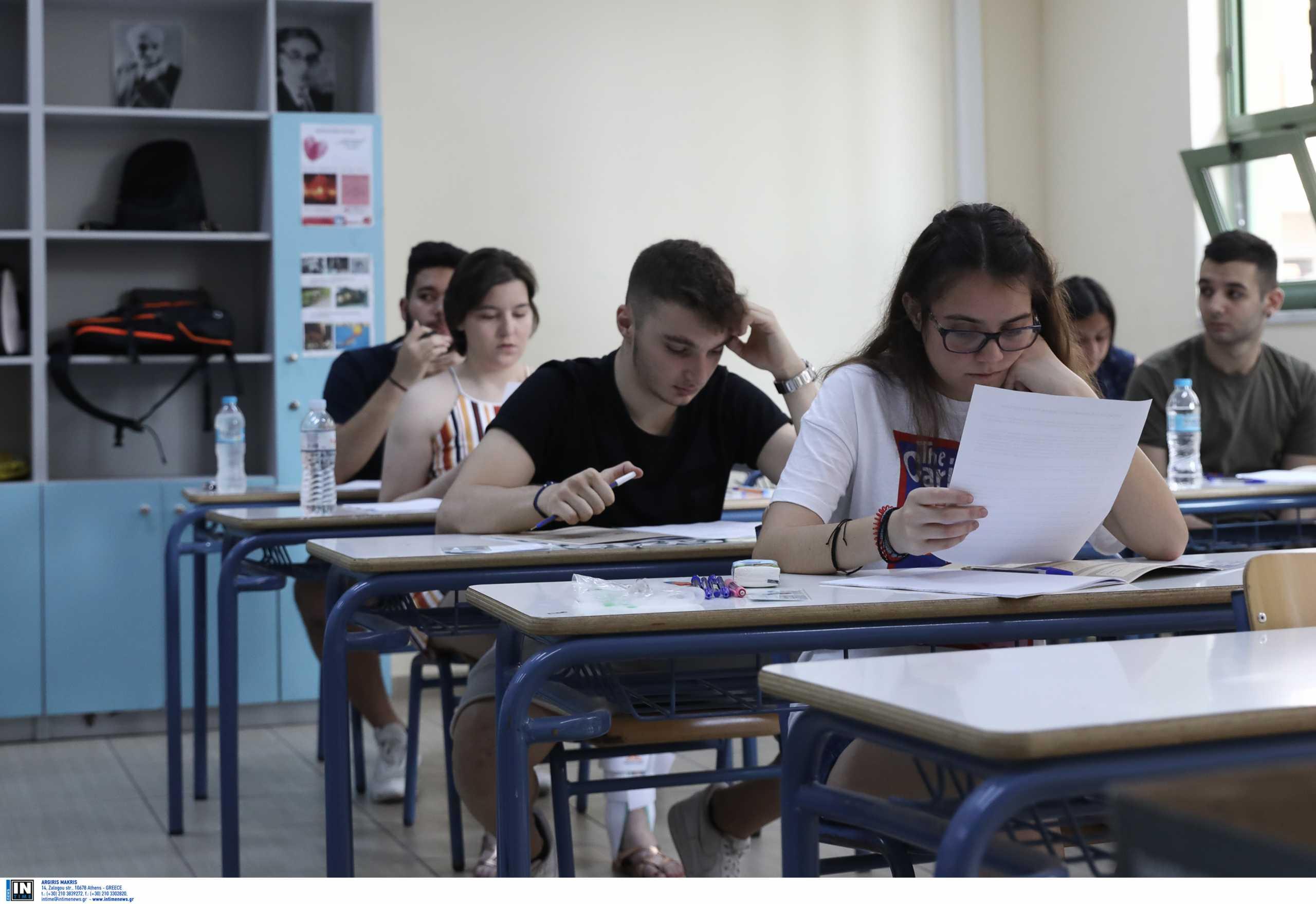 Επιμένει ο ΣΥΡΙΖΑ στην αναστολή των αλλαγών στις εξετάσεις για τα ΑΕΙ