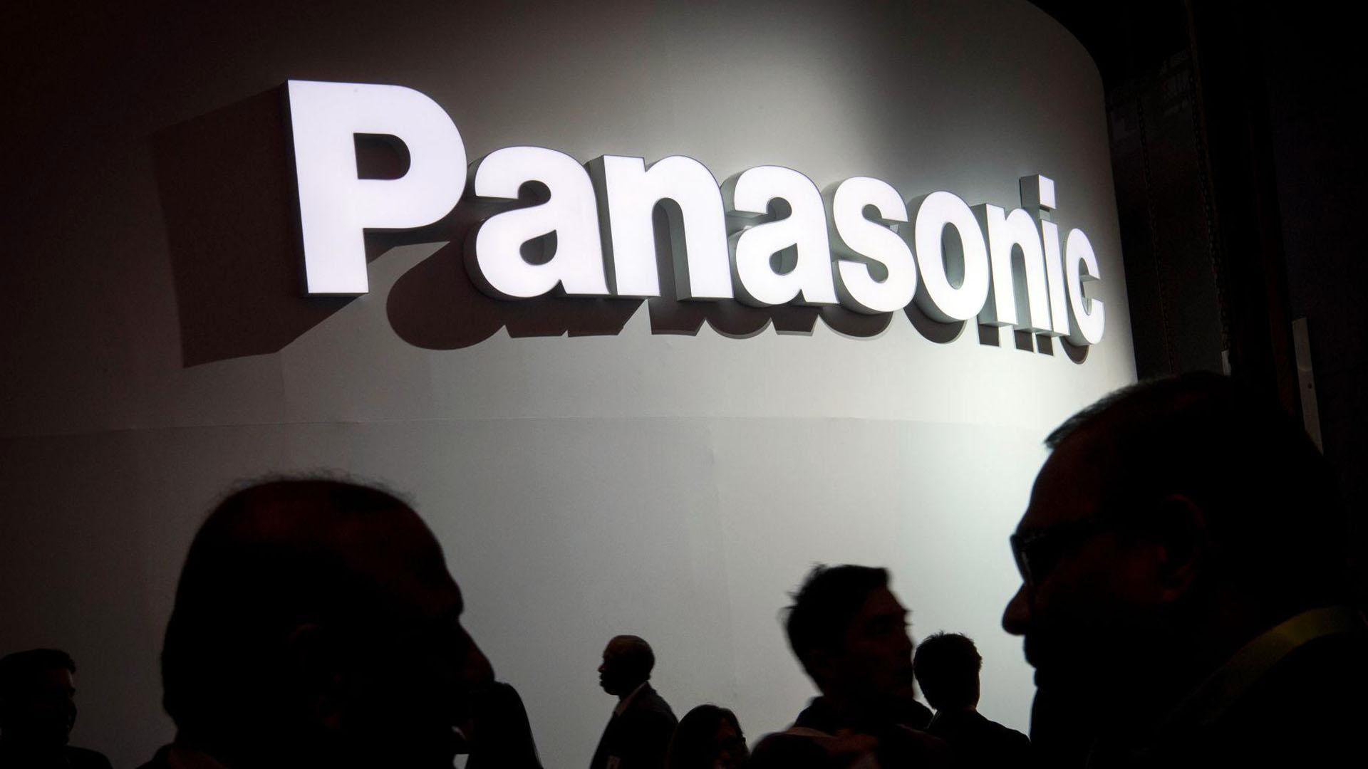 Η Panasonic ρευστοποίησε όλες τις μετοχές που κατείχε στην Tesla