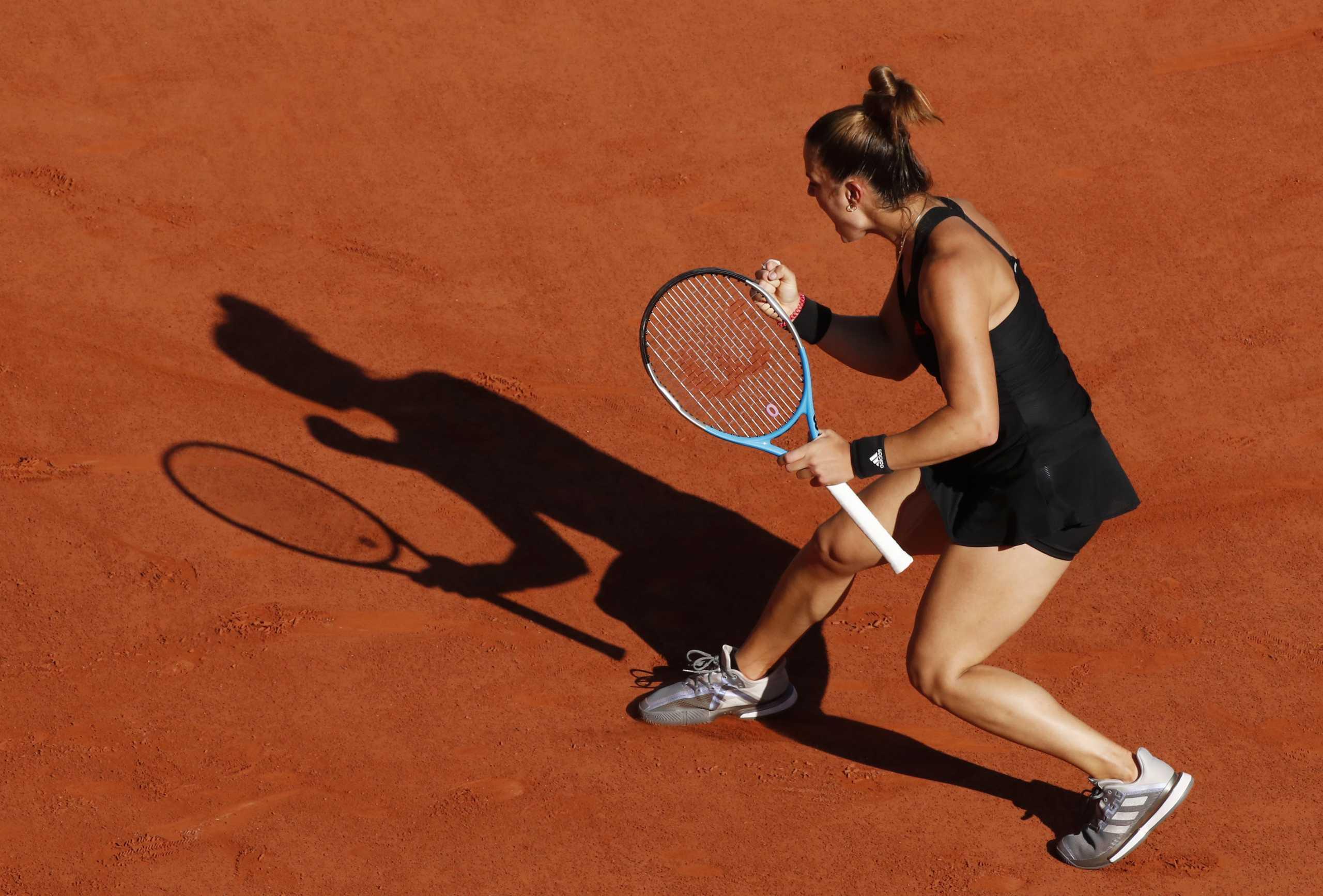 Μαρία Σάκκαρη: Υποκλίθηκε το Roland Garros στην Ελληνίδα «πολεμίστρια»