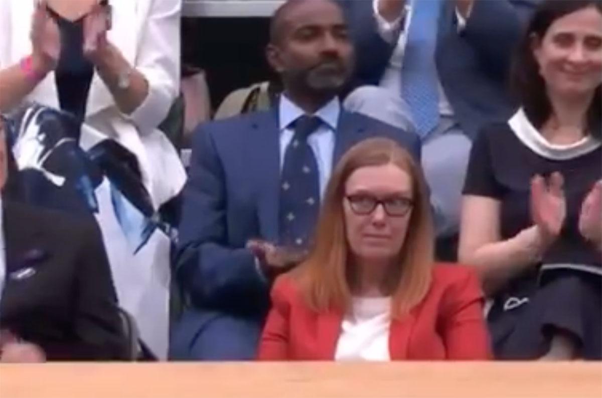 Wimbledon: Αποθέωση για την Σάρα Γκίλμπερτ που ανακάλυψε το εμβόλιο  AstraZeneca