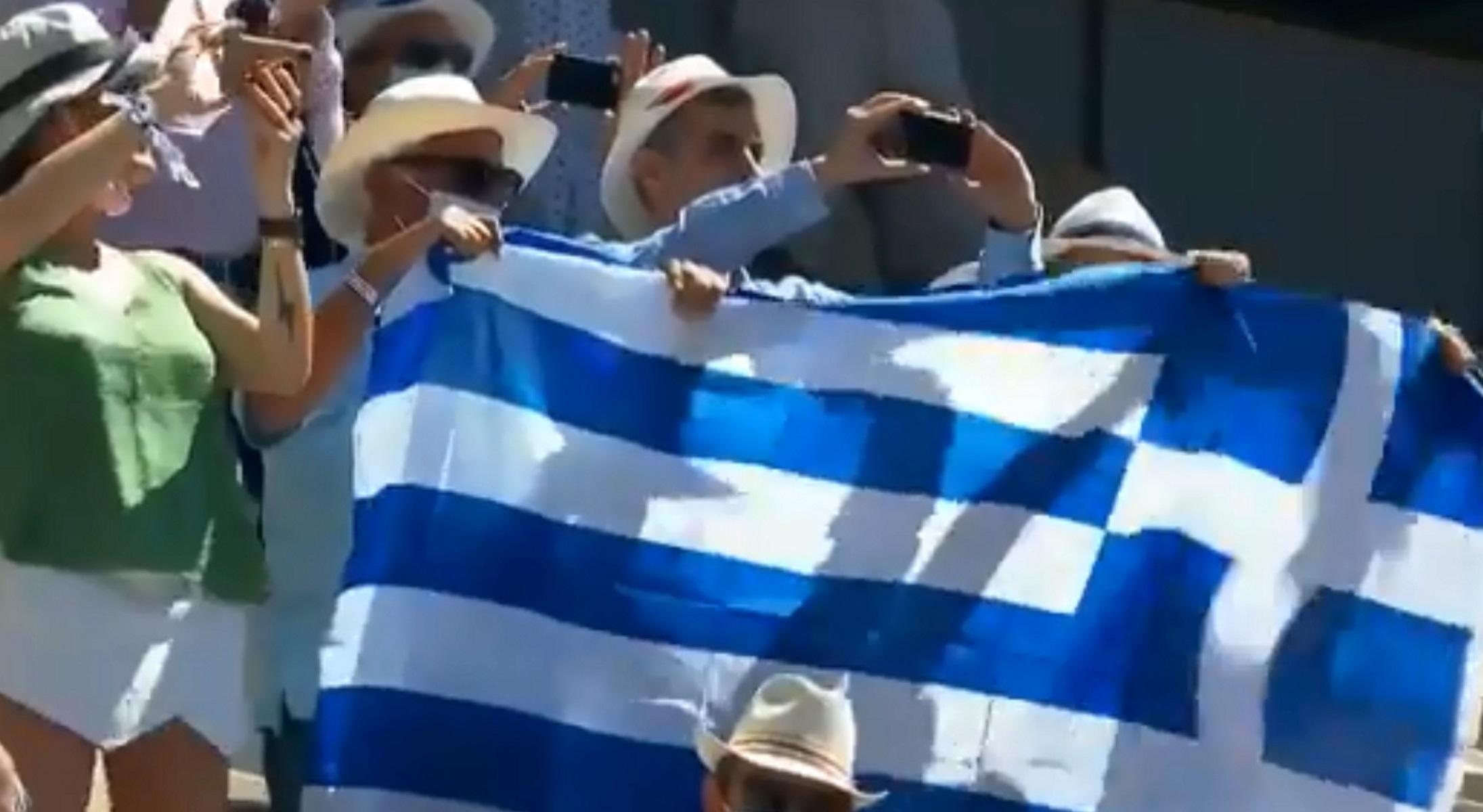 Νόβακ Τζόκοβιτς – Στέφανος Τσιτσιπάς: Μεγάλη ελληνική σημαία στον τελικό του Roland Garros