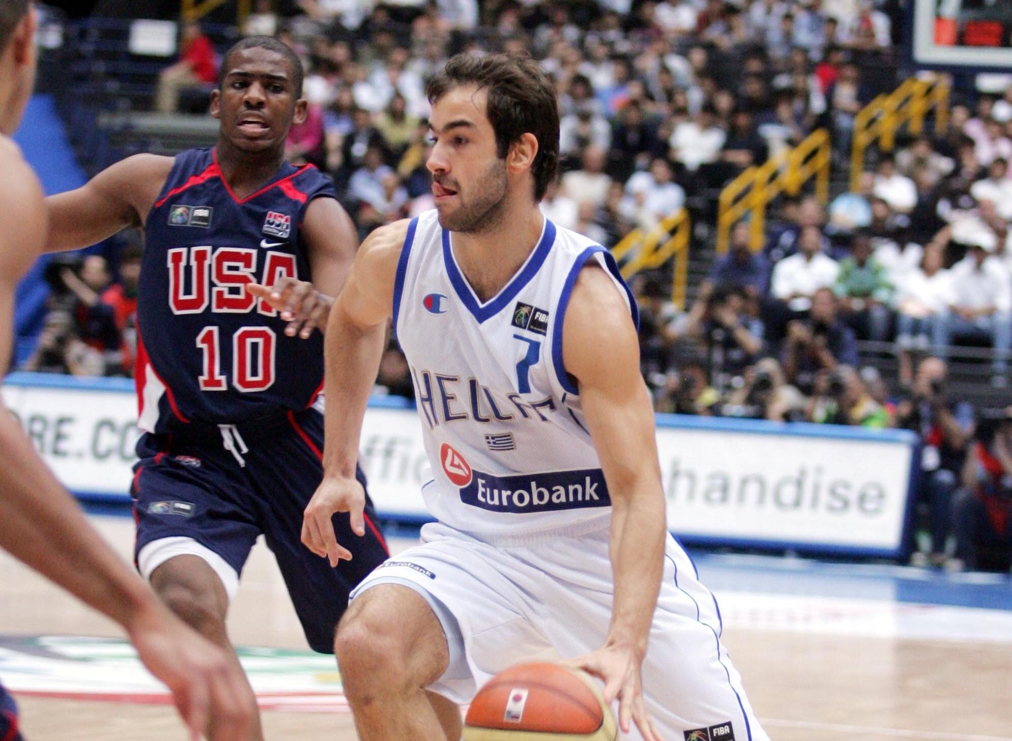 """Ο Σπανούλης επέστρεψε στην Εθνική και η FIBA θυμήθηκε το """"πετσόκομμα"""" στις ΗΠΑ"""