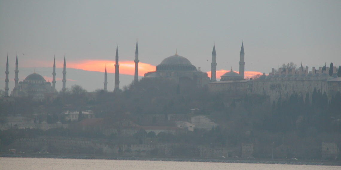 DW: Εφιάλτης το νέο κανάλι στην Κωνσταντινούπολη;
