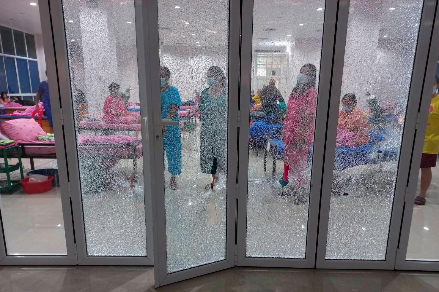 Ταϊλάνδη: Εμβολιάζουν τους κρατούμενους για να μην εξαπλωθεί ο κορονοϊός στις φυλακές