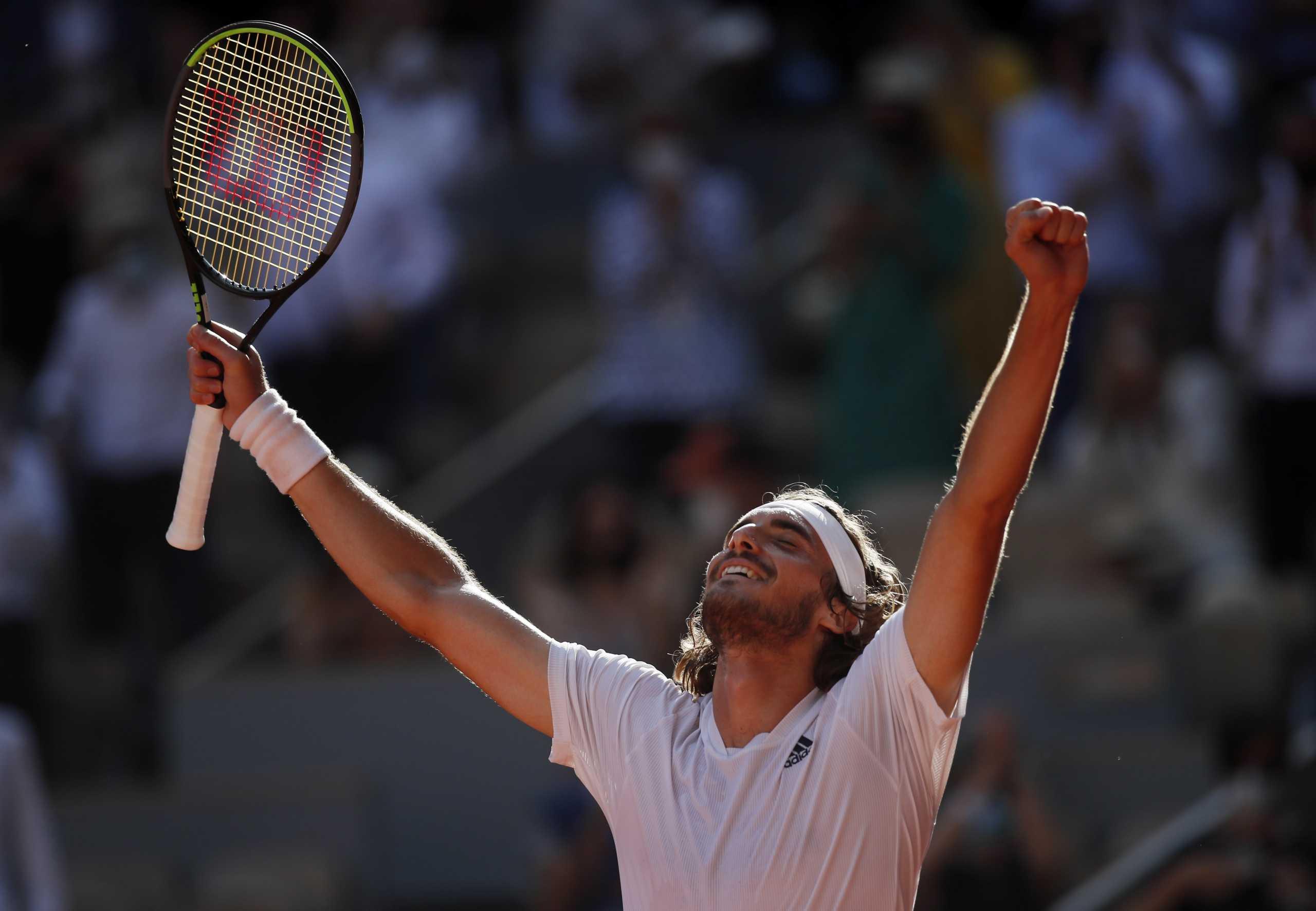Ο Στέφανος Τσιτσιπάς «λύγισε» με 3-2 σετ τον Ζβέρεφ και είναι στον τελικό του Roland Garros