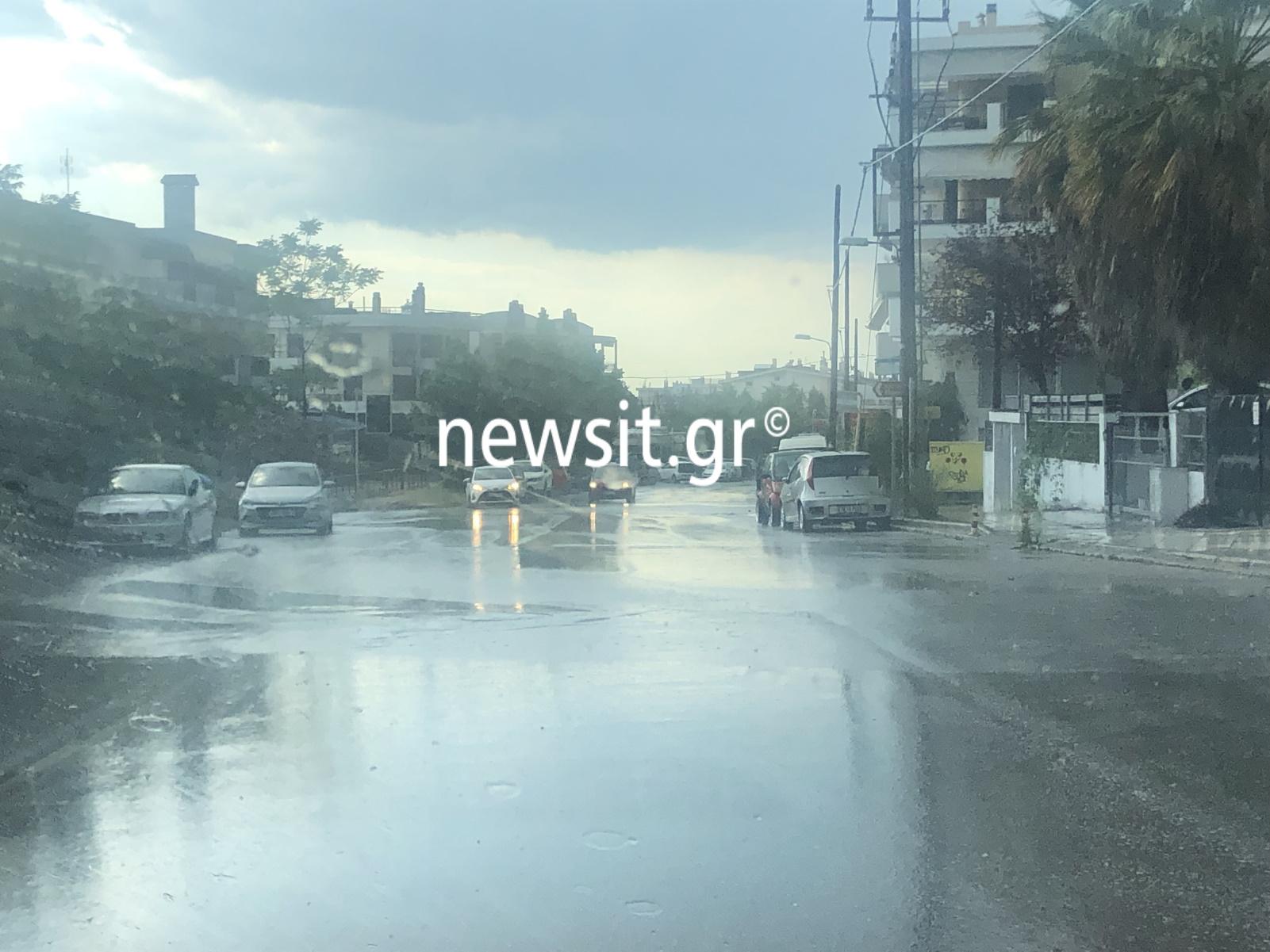 Καιρός – Θεσσαλονίκη: Δυνατή καταιγίδα και χαλάζι – Αδιάβατοι οι δρόμοι (pics)