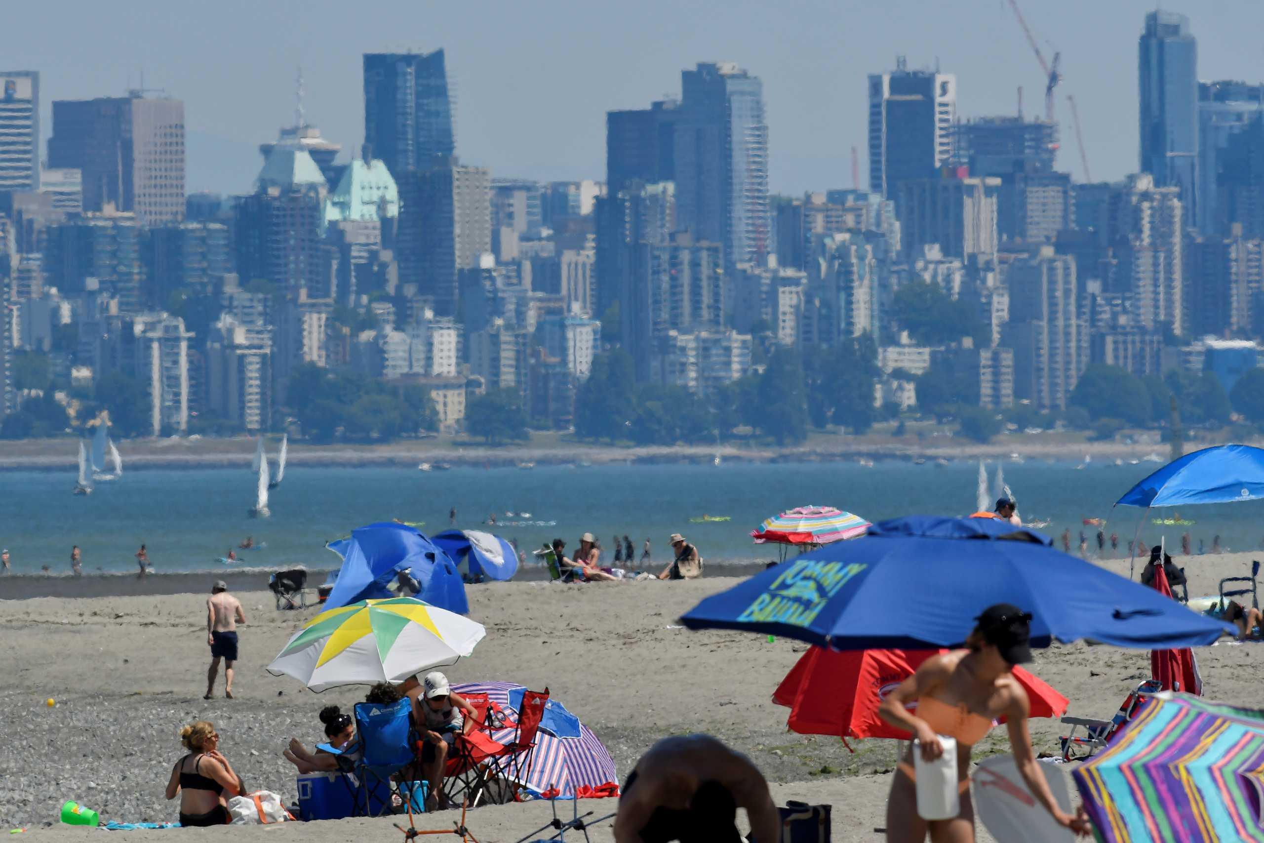 Η κλιματική αλλαγή «ευθύνεται» για τον καύσωνα που έπληξε Καναδά και δυτικές ΗΠΑ