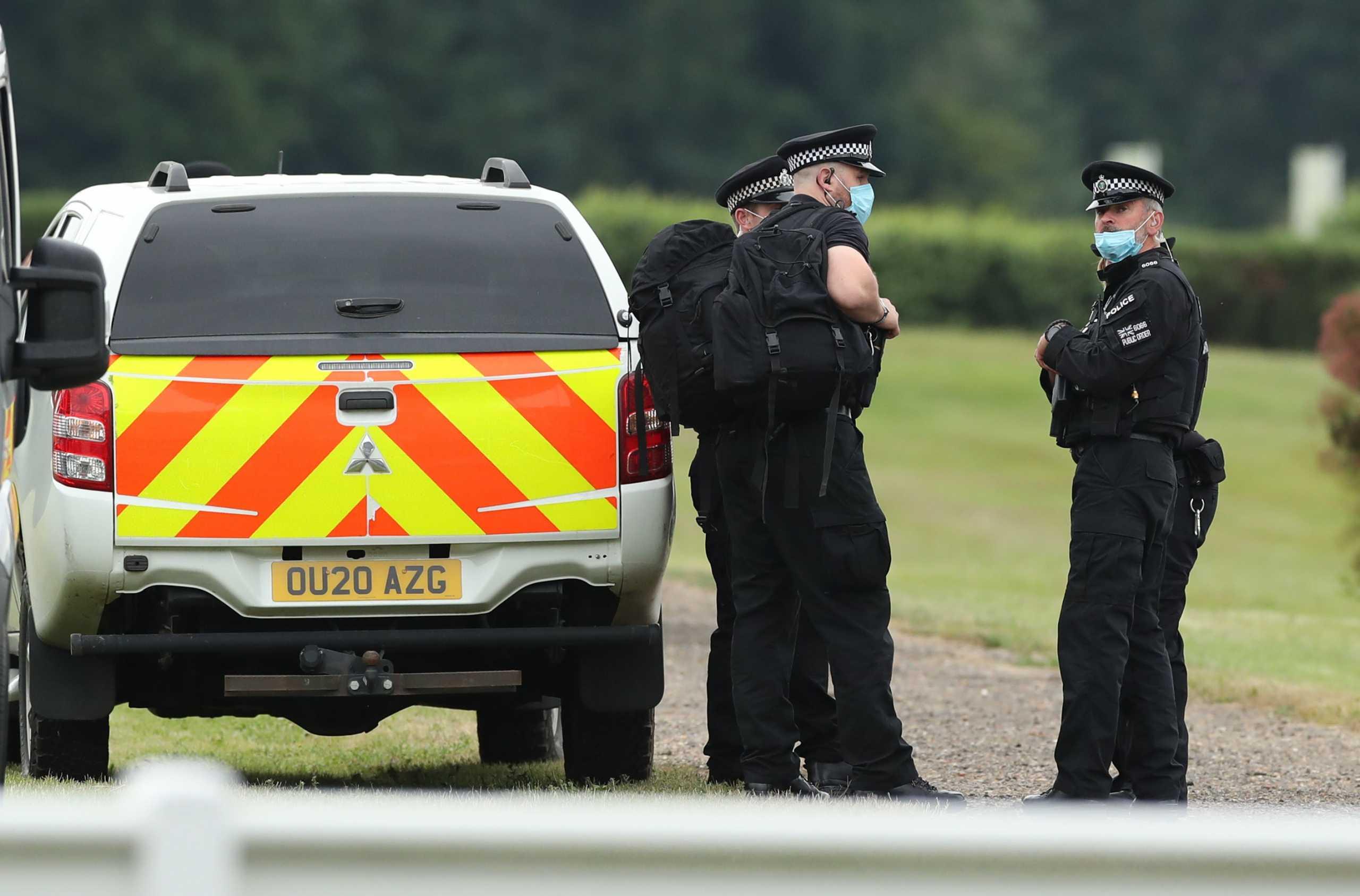 Βρετανία: Αξιωματούχος έχασε απόρρητα έγγραφα που κατέληξαν σε στάση λεωφορείου