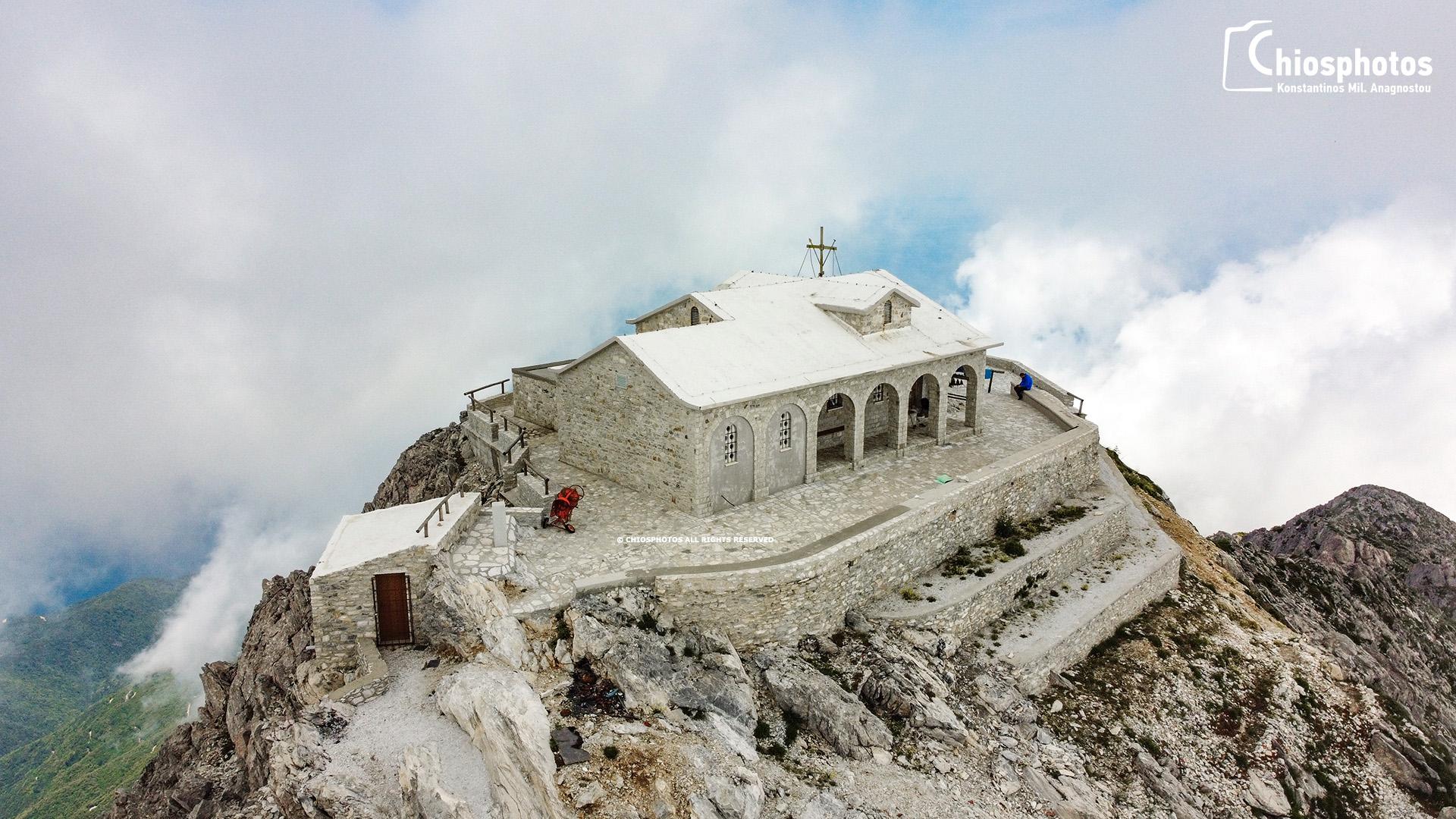 Άγιο Όρος: Πτήση που καθηλώνει – Drone μας ταξιδεύει στην κορυφή του όρους Άθωνα στα 2.000 μέτρα