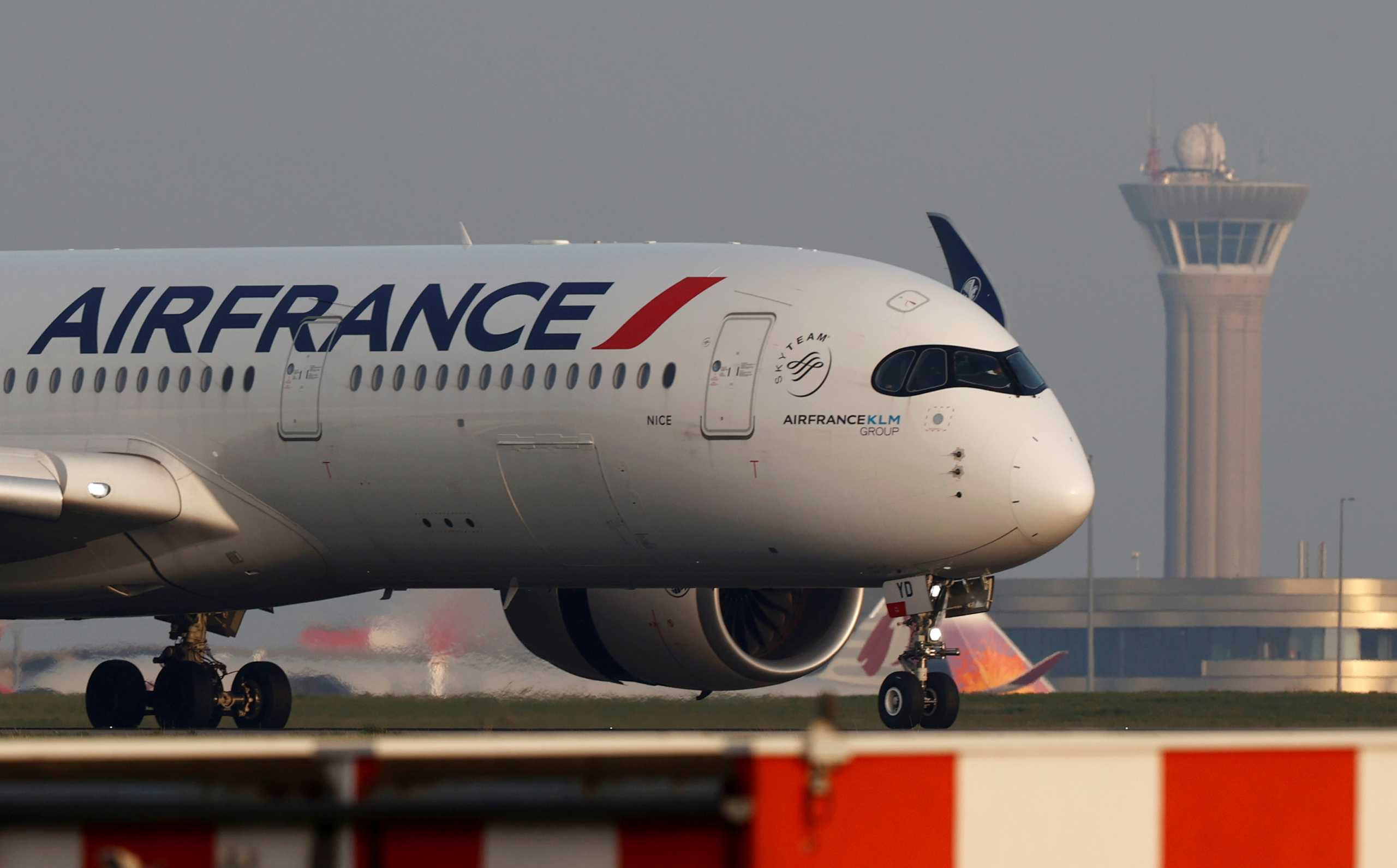 Κίνα: Αεροπλάνο της Air France έκανε αναγκαστική προσγείωση στο Πεκίνο
