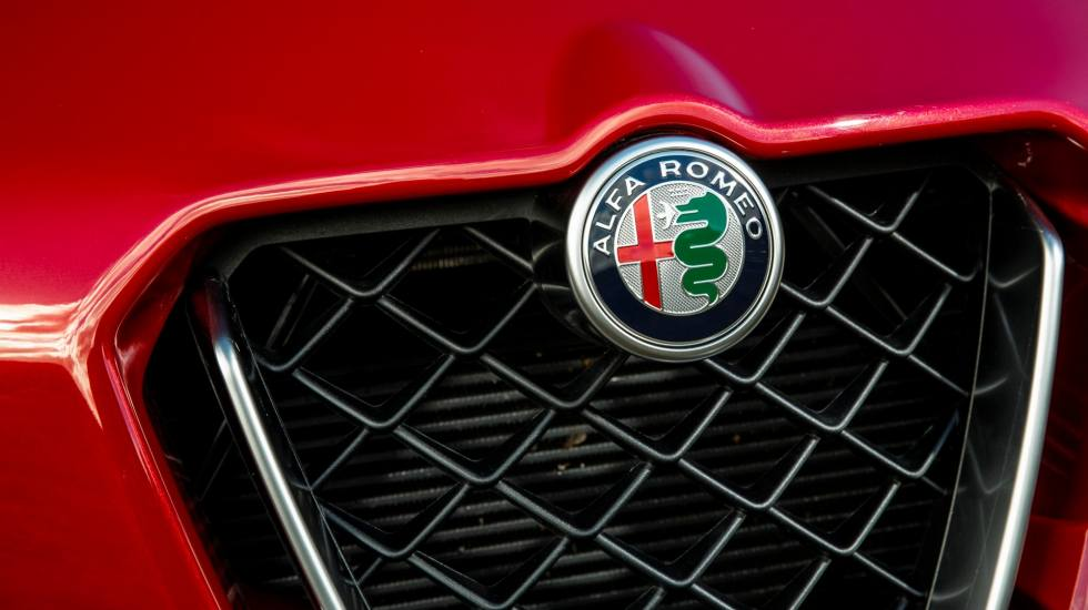 Πόσες φορές προσπάθησε η Volkswagen να αποκτήσει την Alfa Romeo;