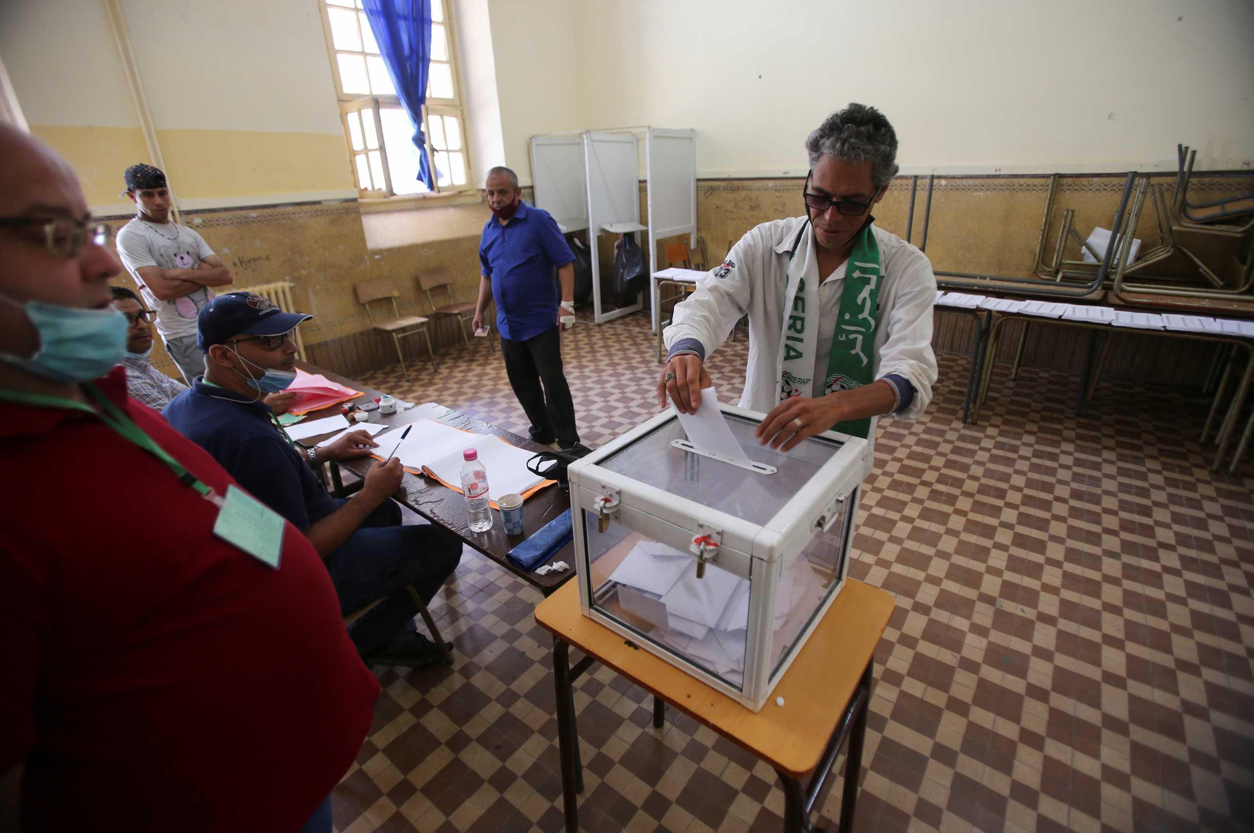 Αλγερία: Βουλευτικές εκλογές εν μέσω έκκλησης της αντιπολίτευσης για αποχή