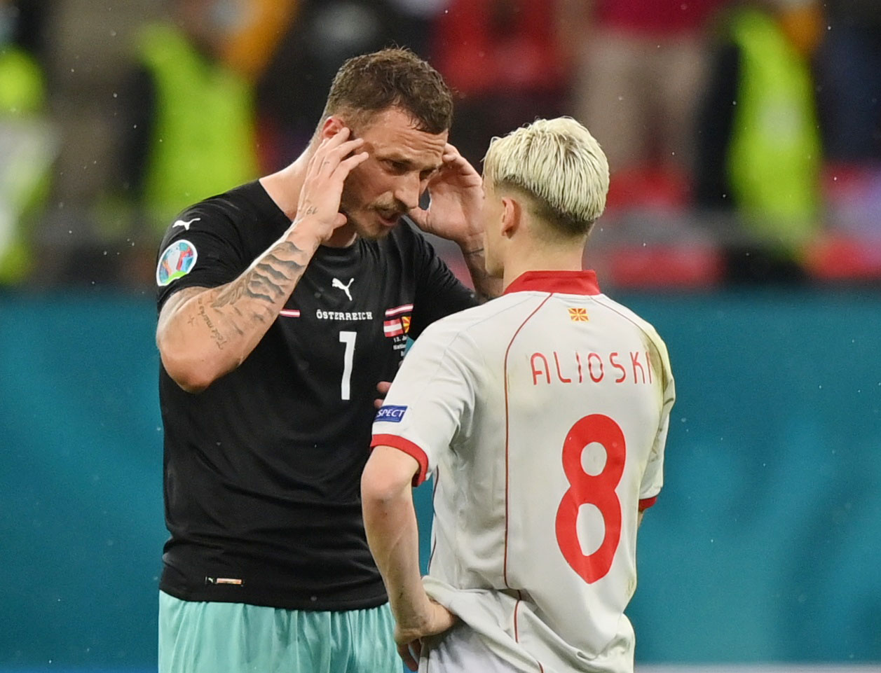 H χυδαία βρισιά του Αρναούτοβιτς σε παίκτη της Βόρειας Μακεδονίας: «Γ@@@ τη μάνα σου την Αλβανίδα»