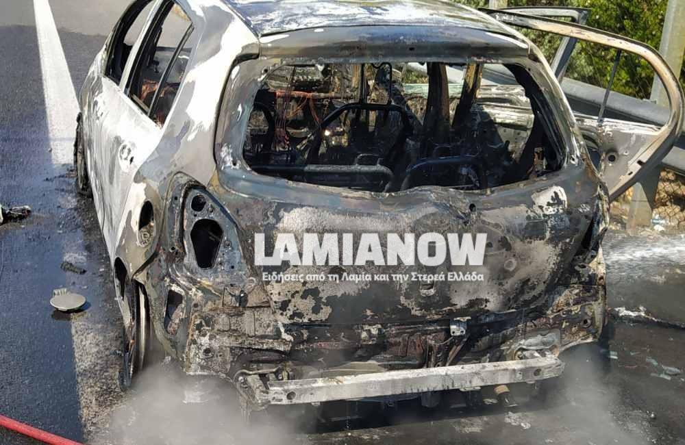 Φθιώτιδα: Φωτιά έκανε στάχτη το αυτοκίνητο ζευγαριού – Πρόλαβαν να βγουν πριν επεκταθούν οι φλόγες