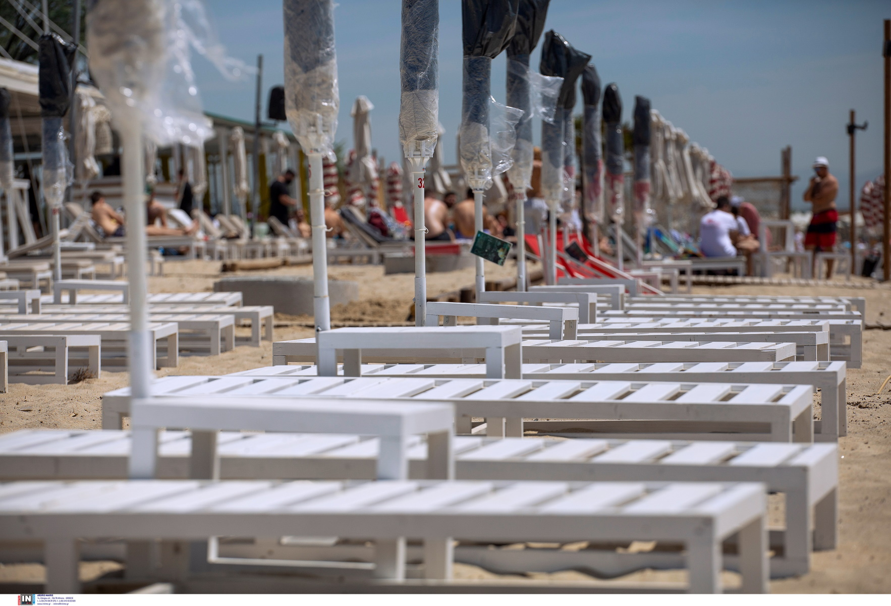 Κρήτη: 9.000 ευρώ πρόστιμα σε beach bar, εστιατόριο και καφενείο