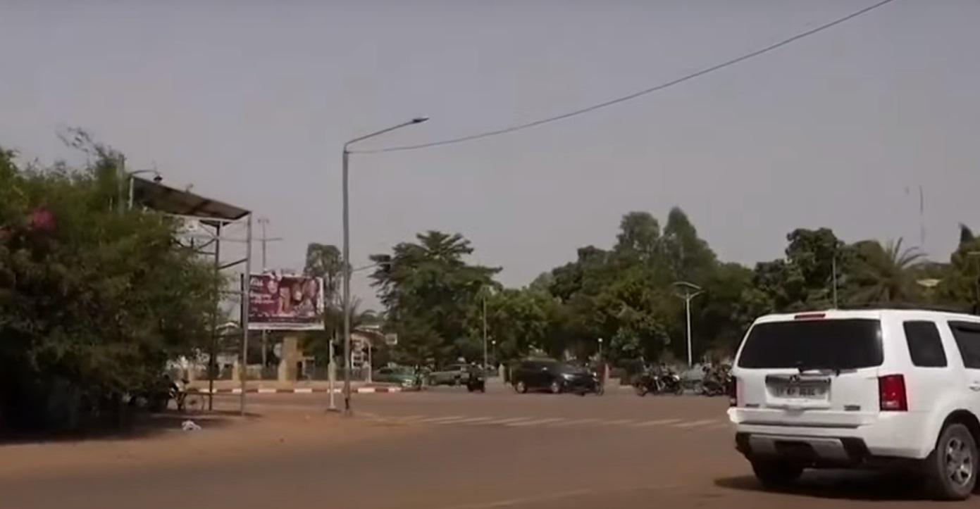 Μπουρκίνα Φάσο: Λουτρό αίματος από επίθεση ενόπλων σε χωριό – Έφτασαν τους 160 οι νεκροί