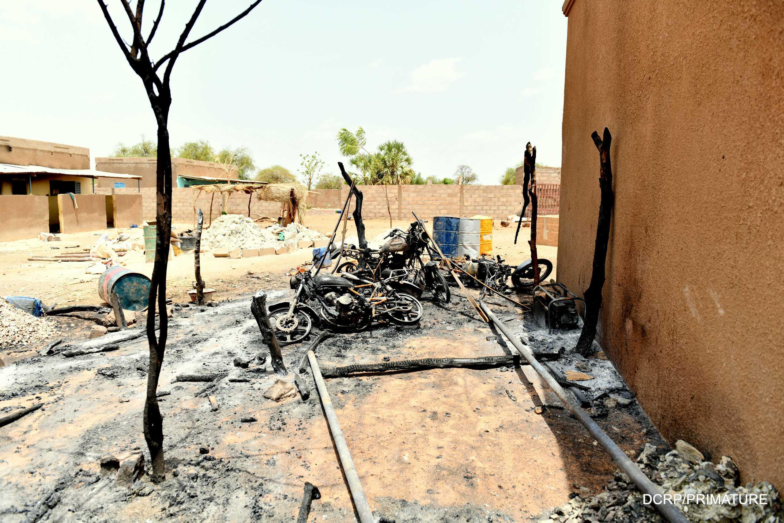 Έκθεση σοκ για τη Μπουρκίνα Φάσο: Παιδιά – στρατιώτες έκαναν τη σφαγή αμάχων