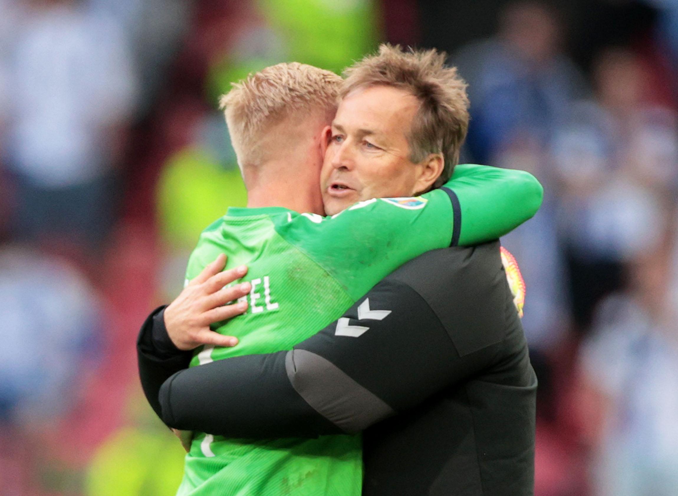 Έρικσεν: Συγκλονισμένος ο προπονητής του, οι δύο επιλογές που υπήρχαν για το Δανία – Φινλανδία