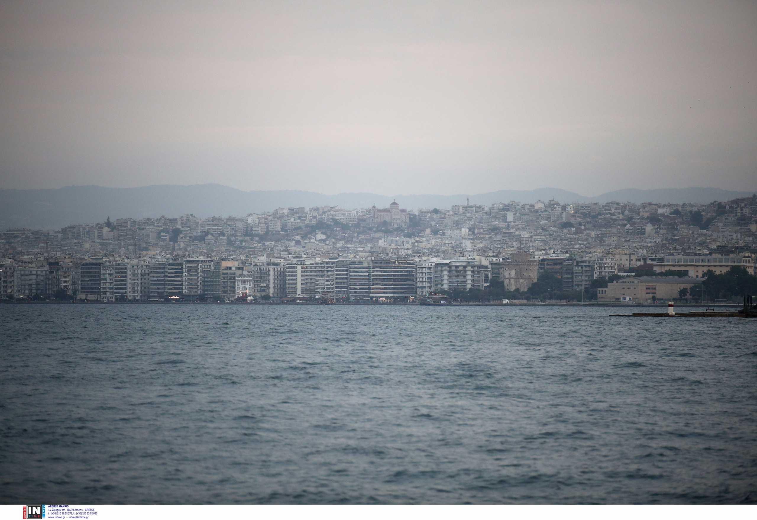 Μείωση φόρων «κρύβει» το νέο Μεσοπρόθεσμο – Τι καταργείται και τι θα γίνει με τον ΕΝΦΙΑ