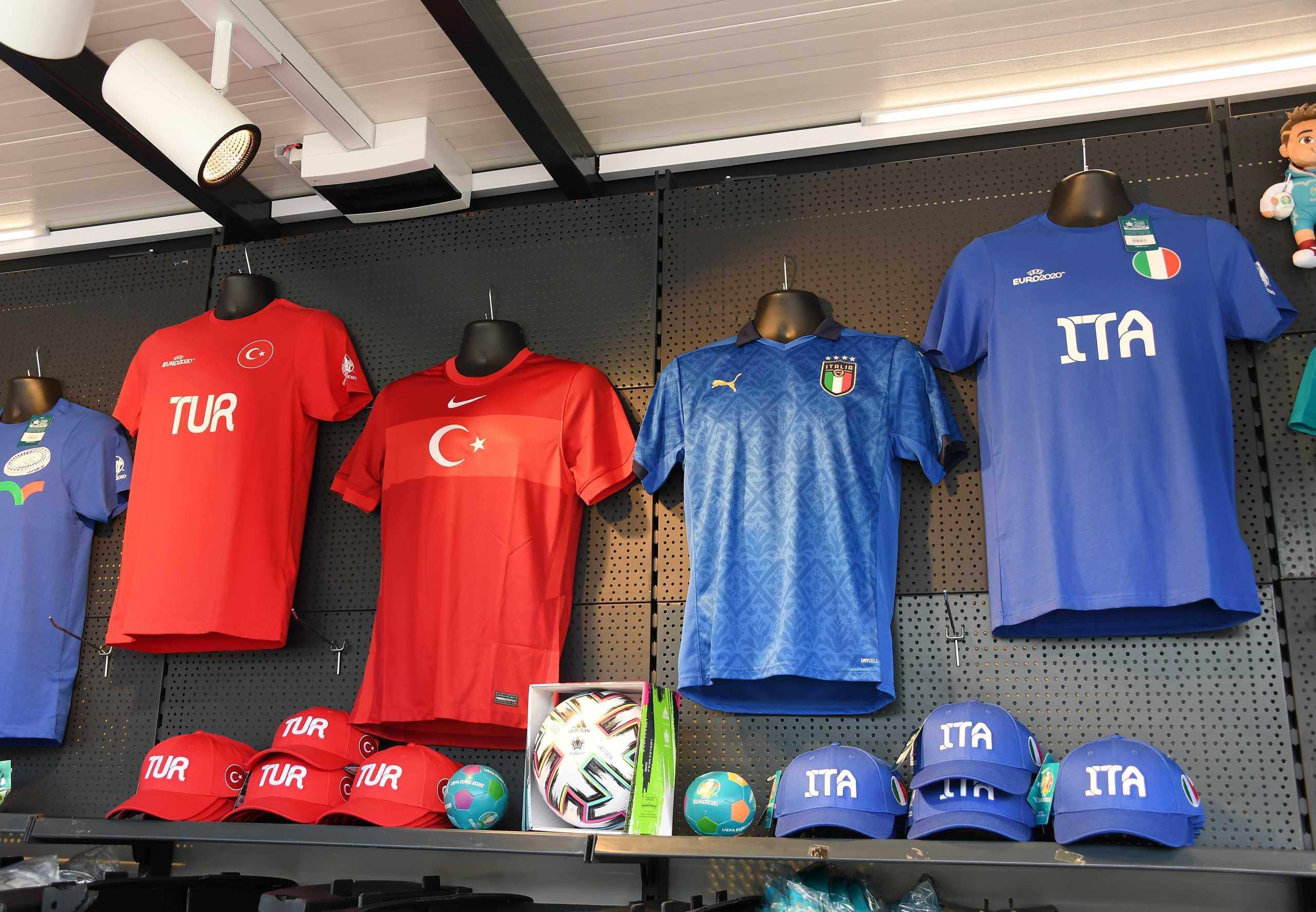 Euro 2020: Φόβοι για διπλωματικό επεισόδιο στο Ιταλία – Τουρκία και… «stop» λόγω Σένγκεν