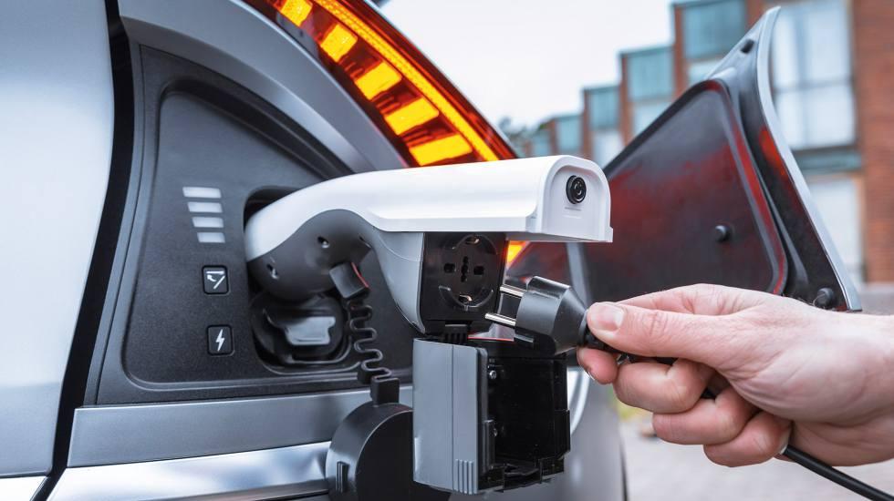 Πέρα από αυτοκίνητο, το νέο Kia EV6 είναι και το μεγαλύτερο power bank που κυκλοφορεί!