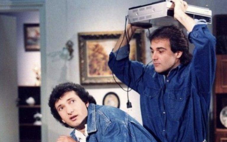 Ο Παύλος Ευαγγελόπουλος απαντά για το Ρετιρέ και την εποχή της βιντεοκασέτας