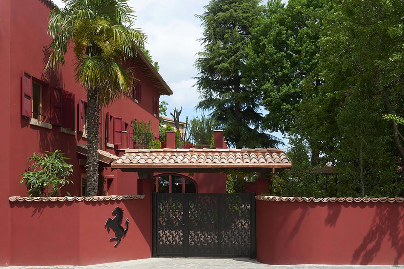 Δείτε το ιστορικό εστιατόριο του Ένζο Φεράρι στο Μαρανέλο