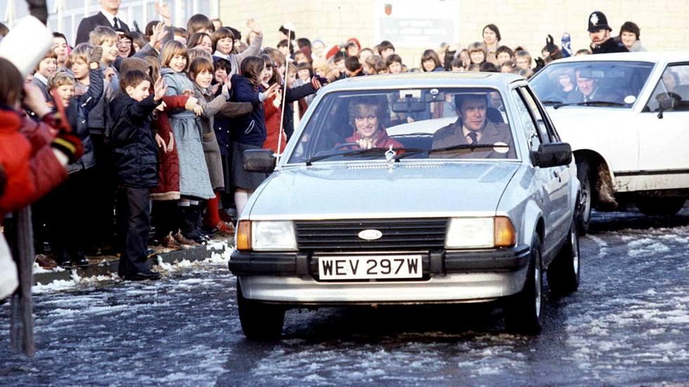 Σε δημοπρασία το Ford Escort που οδηγούσε η πριγκίπισσα Νταϊάνα (pics)