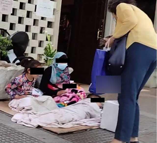 Θεσσαλονίκη: Έβαζαν τα παιδιά τους να ζητιανεύουν και έπαιζαν τα χρήματα σε καζίνο – Οι εικόνες της εκμετάλλευσης